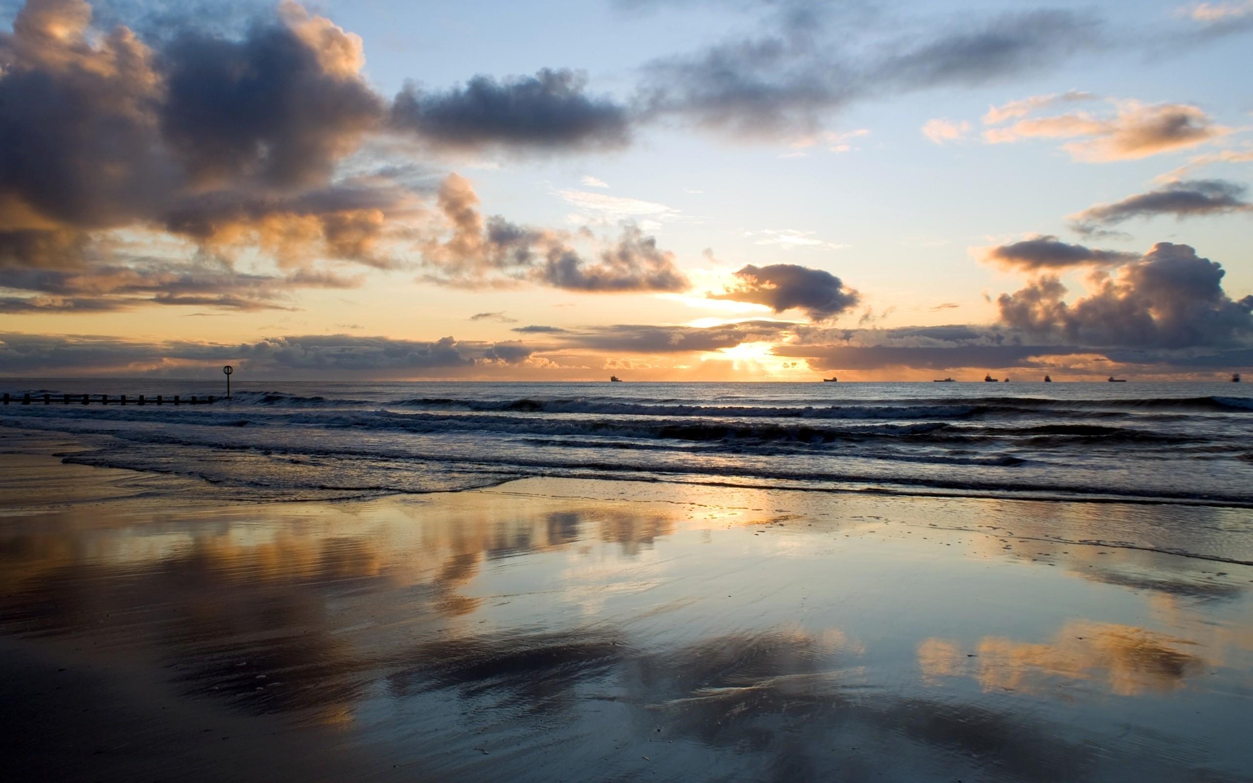 General 2560x1600 nature landscape sunset sky sea horizon beach wet seashore waves