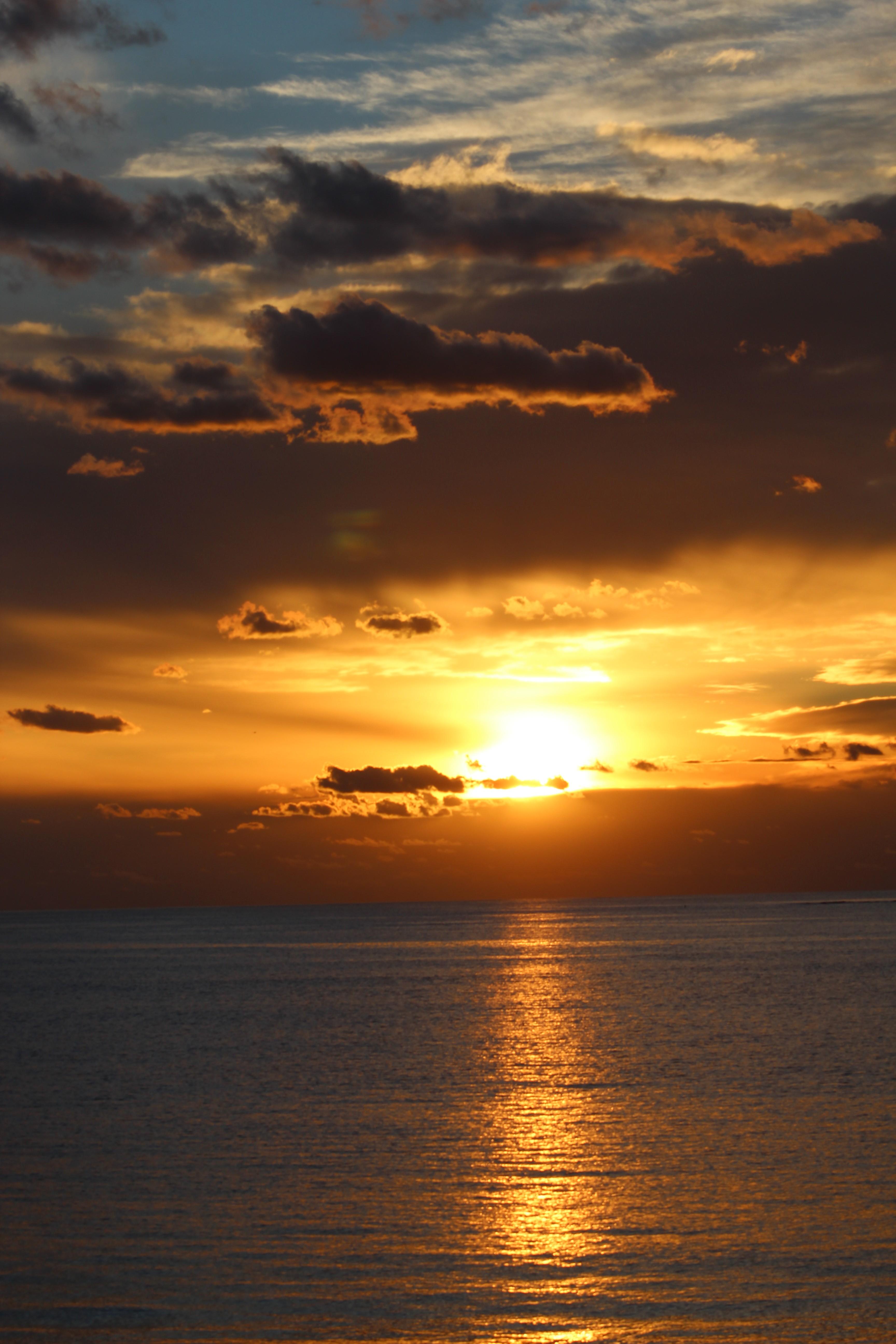 General 3456x5184 sunlight sea sunset water Australia nature