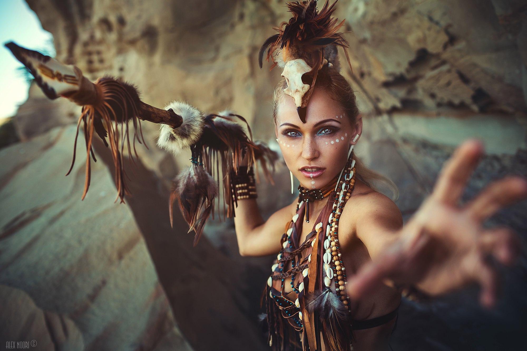 People 2000x1333 women cosplay fantasy girl spear model Alex Noori