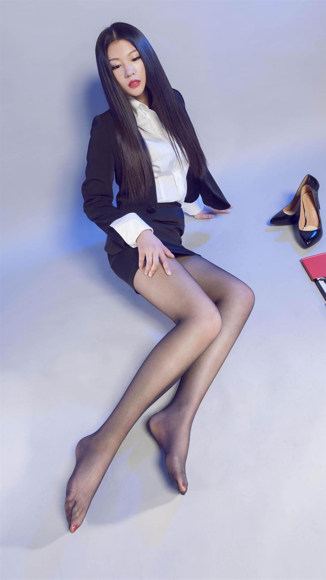 People 1080x1920 Asian women black hair pantyhose high heels office girl brunette skirt