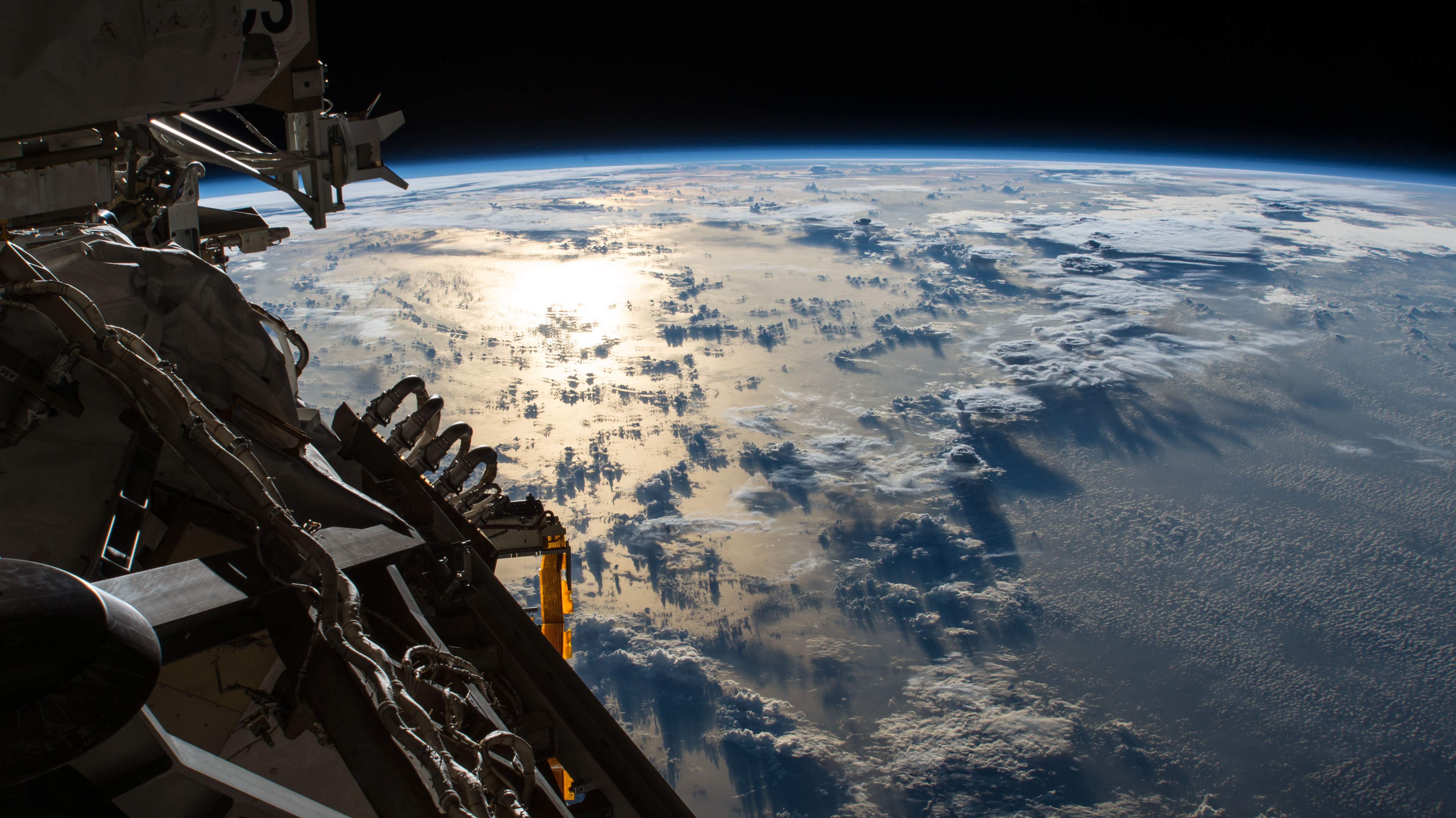 General 4928x2768 NASA space Pacific Ocean ISS Earth
