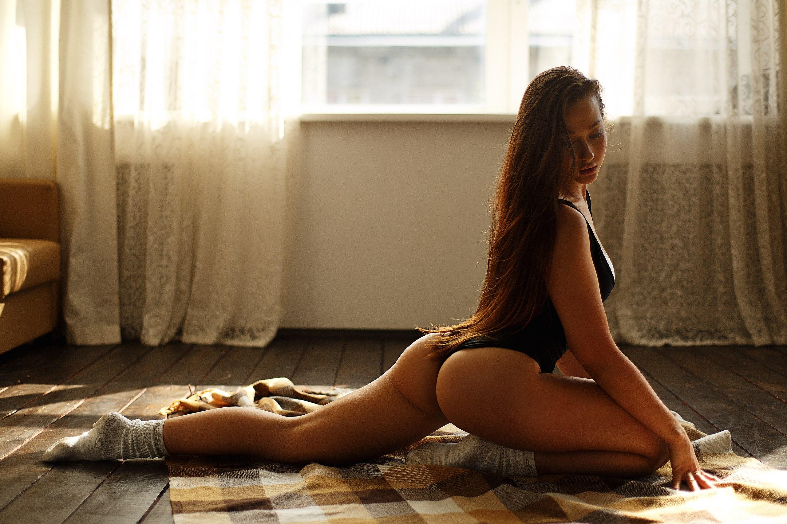 People 2560x1706 women model brunette long hair closed eyes side view bodysuit ass kneeling socks on the floor indoors women indoors slouch socks gray socks