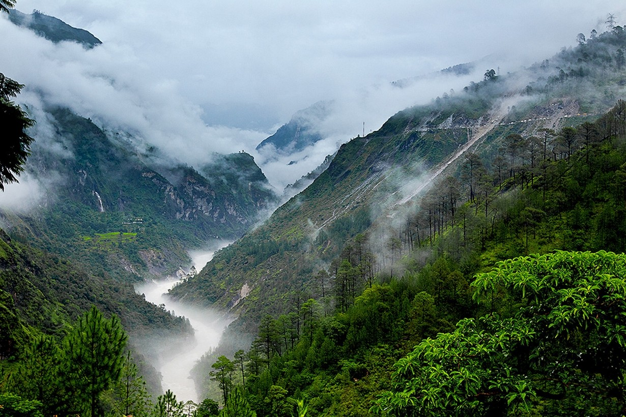 General 1230x820 photography nature landscape mountains mist river clouds trees shrubs canyon India without people