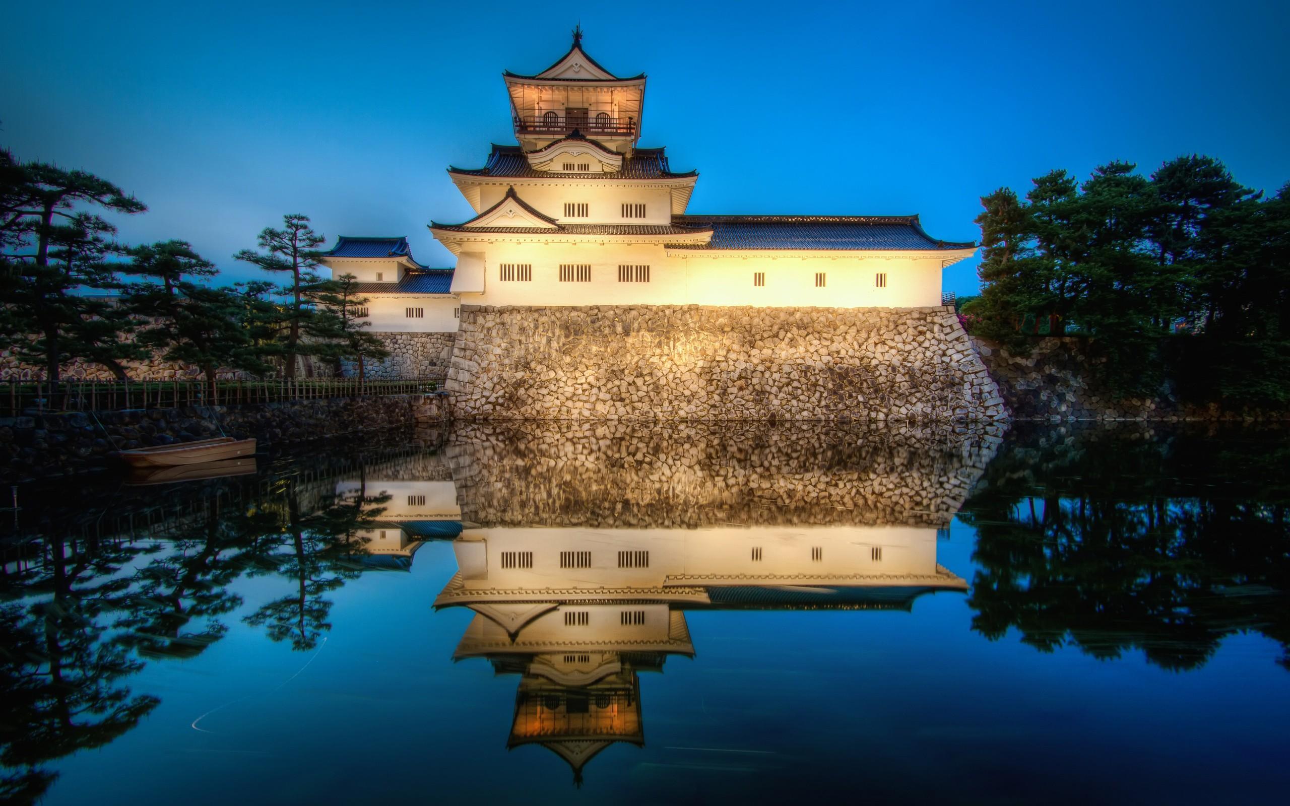 General 2560x1600 Toyama Castle castle Japan reflection water trees