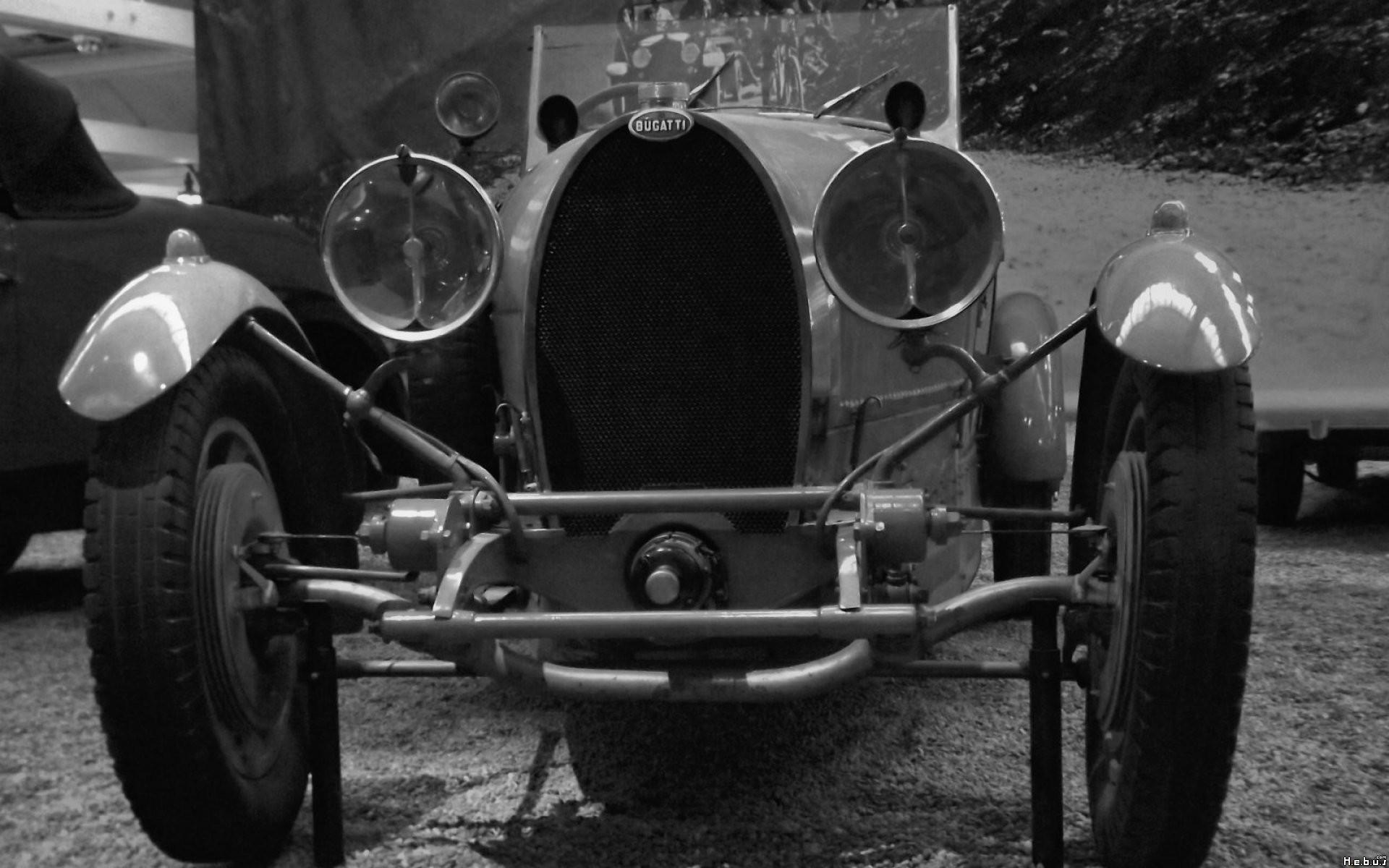 General 1920x1200 Bugatti car Oldtimer vehicle monochrome