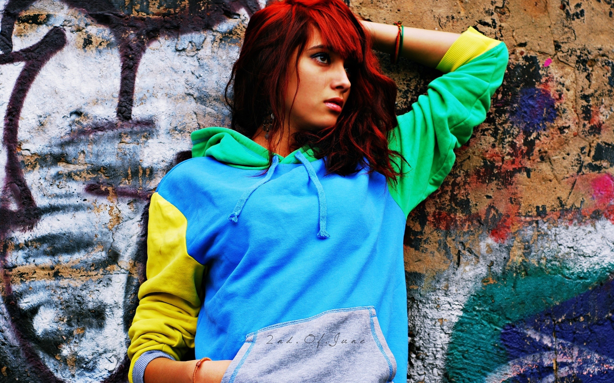 People 2560x1600 redhead colorful graffiti hoods women wall women outdoors model sweatshirts