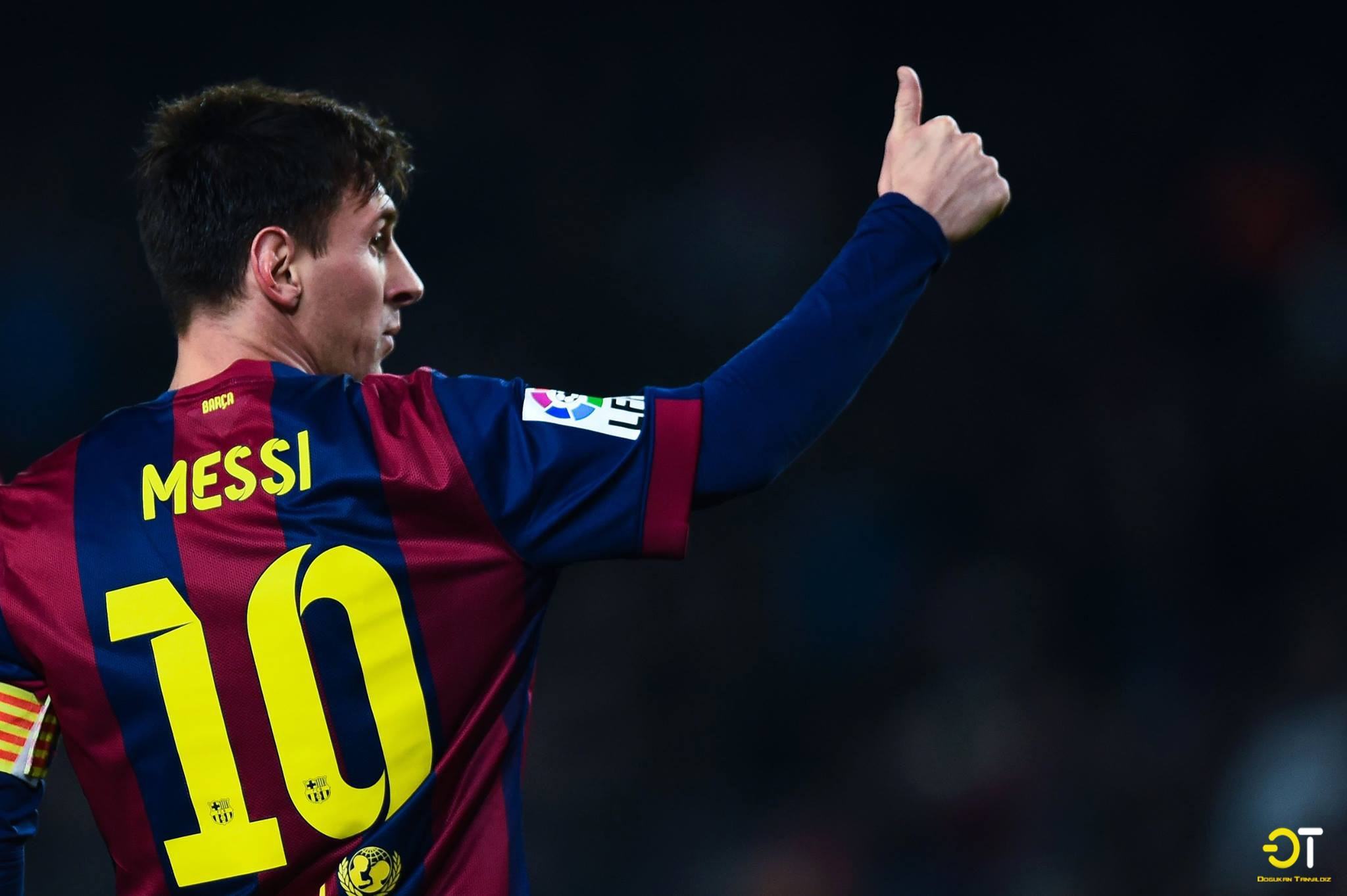 People 2048x1363 Lionel Messi FC Barcelona men sport  sports hand gesture soccer numbers Luis Suarez Neymar