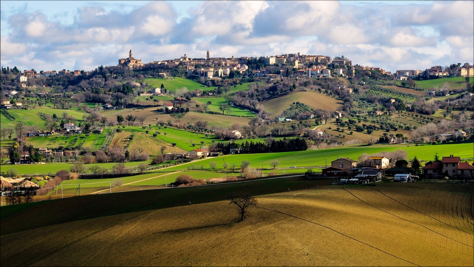 General 1920x1080 architecture house Italy trees landscape town church hills field clouds villages