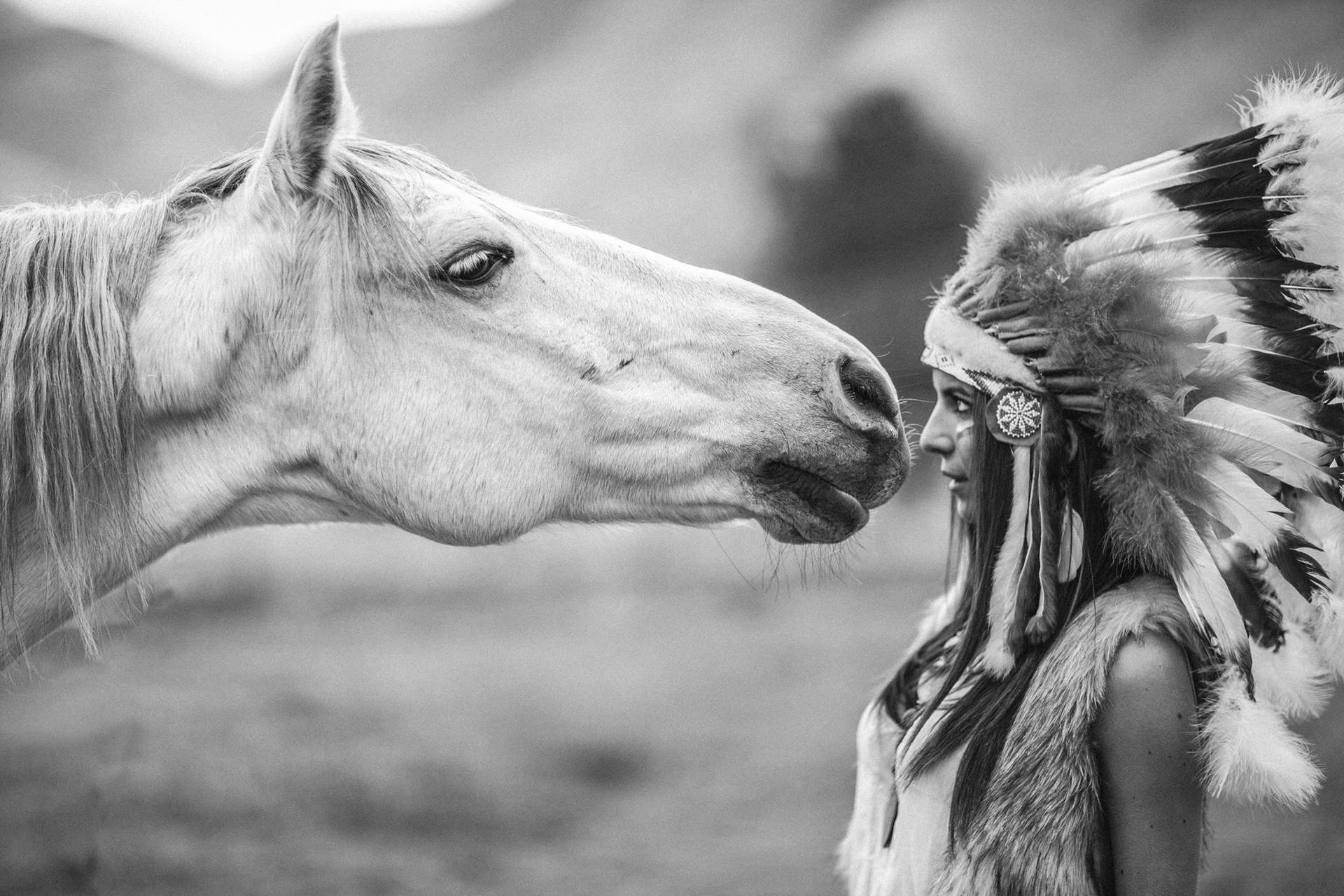 People 1920x1280 monochrome horse headdress animals women feathers model brunette long hair women outdoors headband Native American clothing depth of field fur muzzles sacrilege outdoors mammals