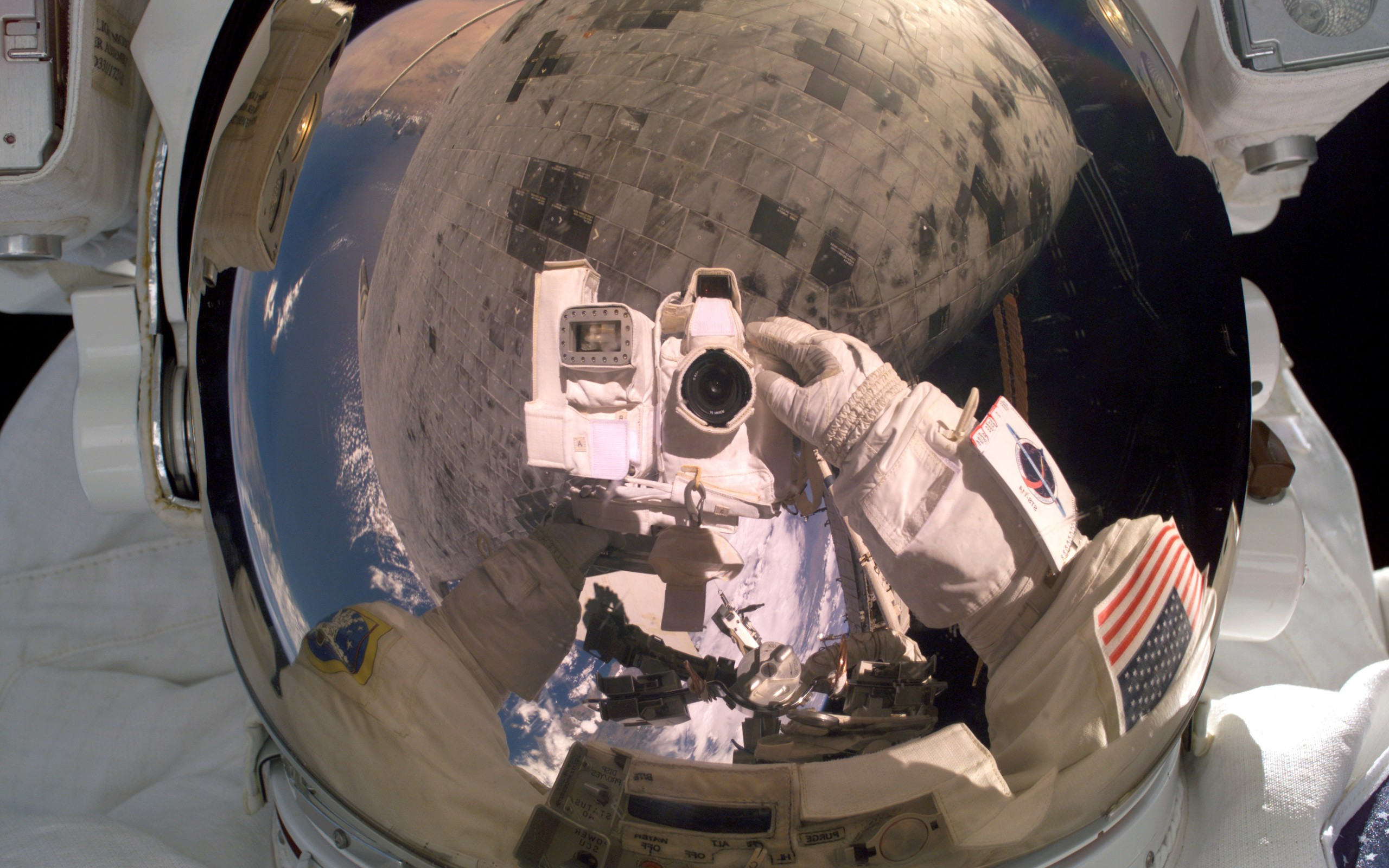 General 2560x1600 photography space space suit camera reflection