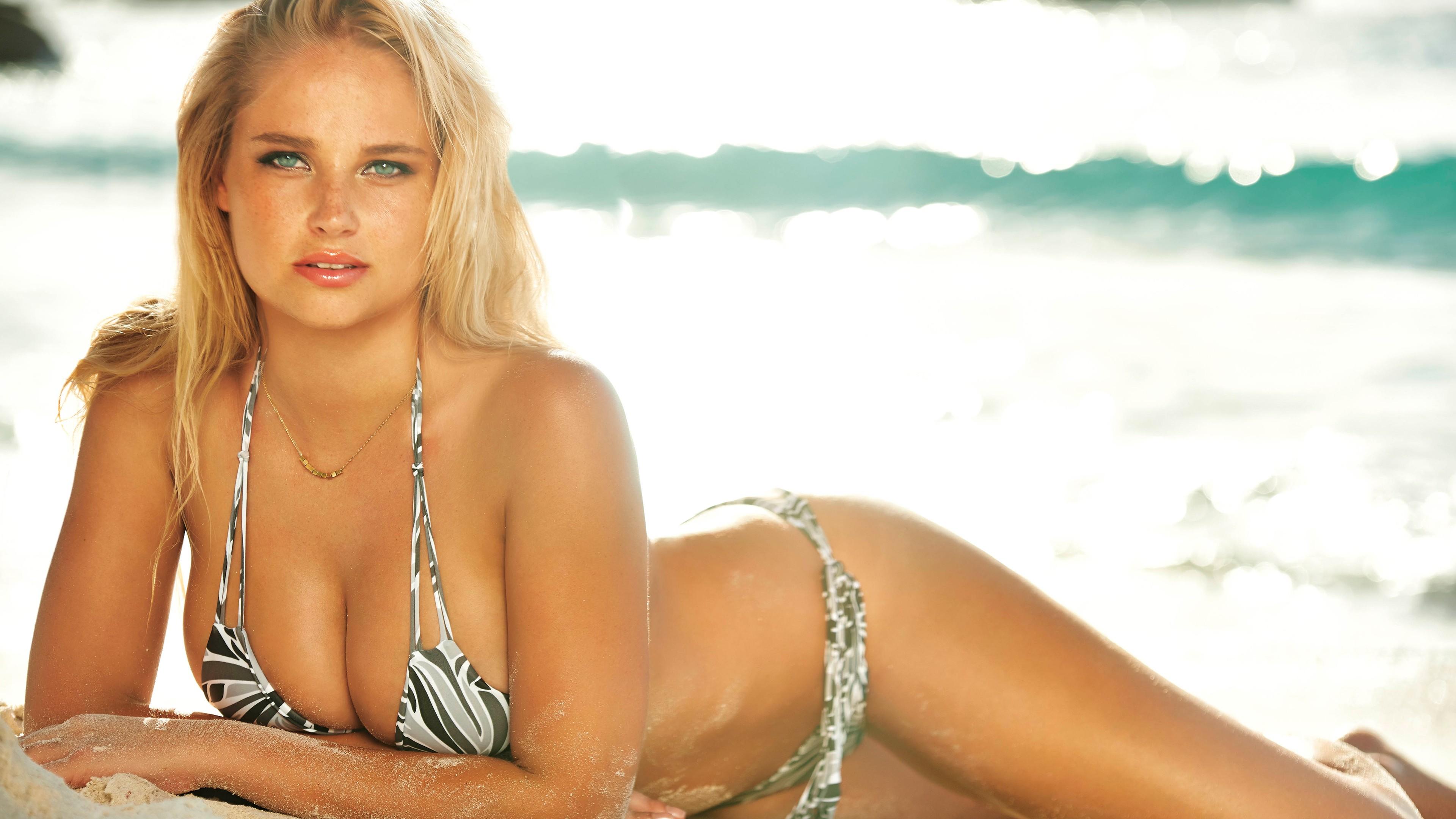 People 3840x2160 Genevieve Morton South Africa bikini blonde big boobs natural boobs beach women