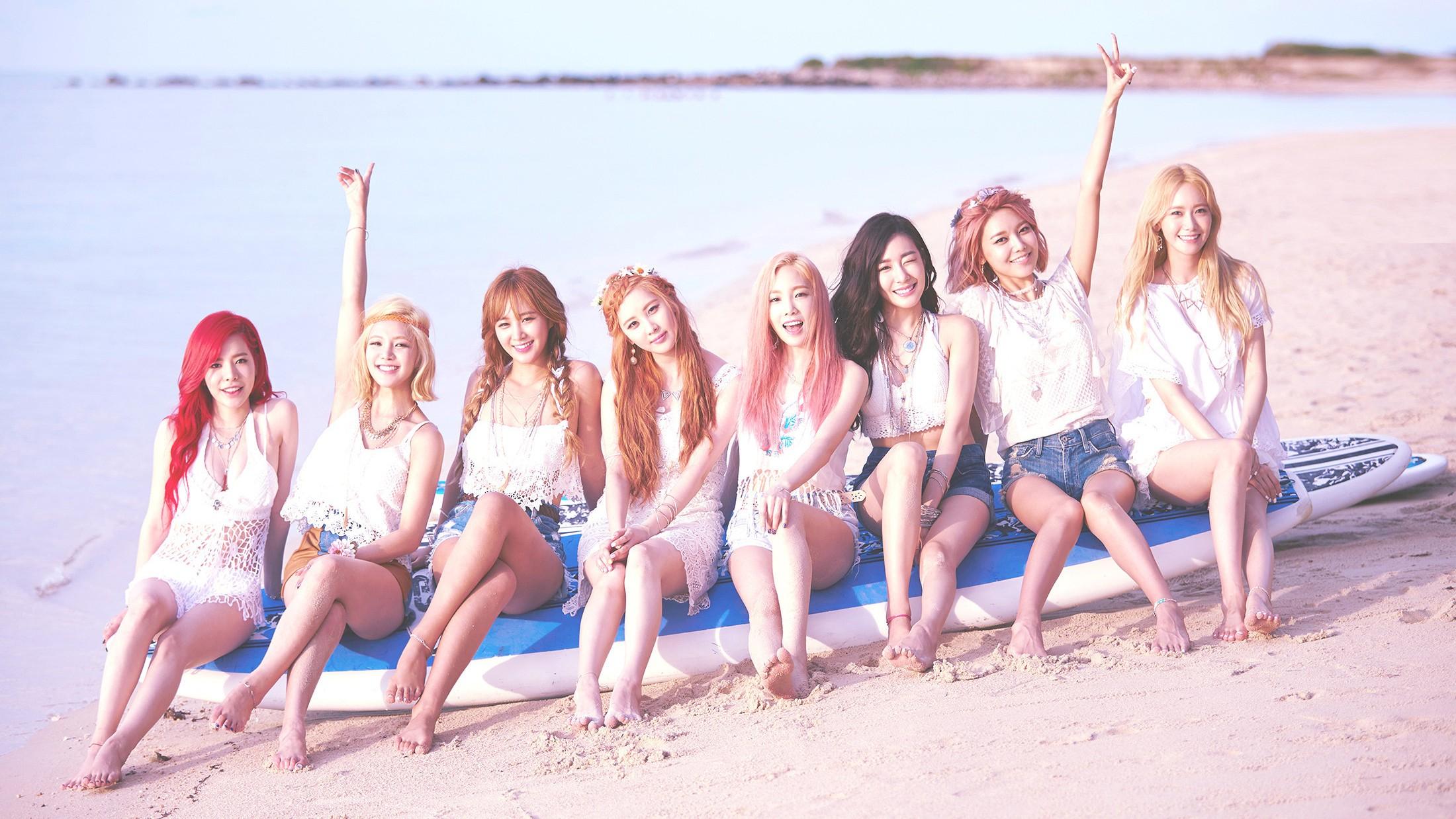 People 2200x1238 SNSD Girls' Generation K-pop Asian musician model singer Korean beach women women outdoors kim taeyon Sunny Tiffany Hwang hyoyeon Kwon Yuri Sooyoung Yoona Seohyun group of women shorts jean shorts redhead
