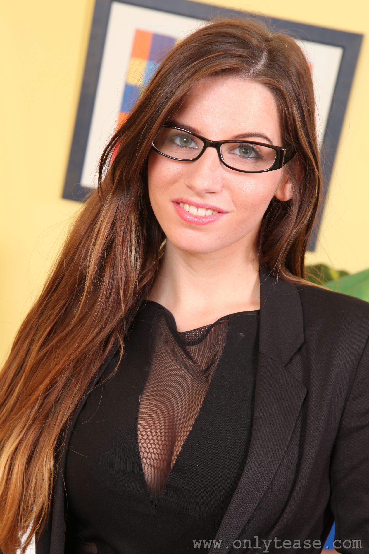 People 2000x3000 Aimee R pornstar OnlyTease Magazine glasses women with glasses women model long hair
