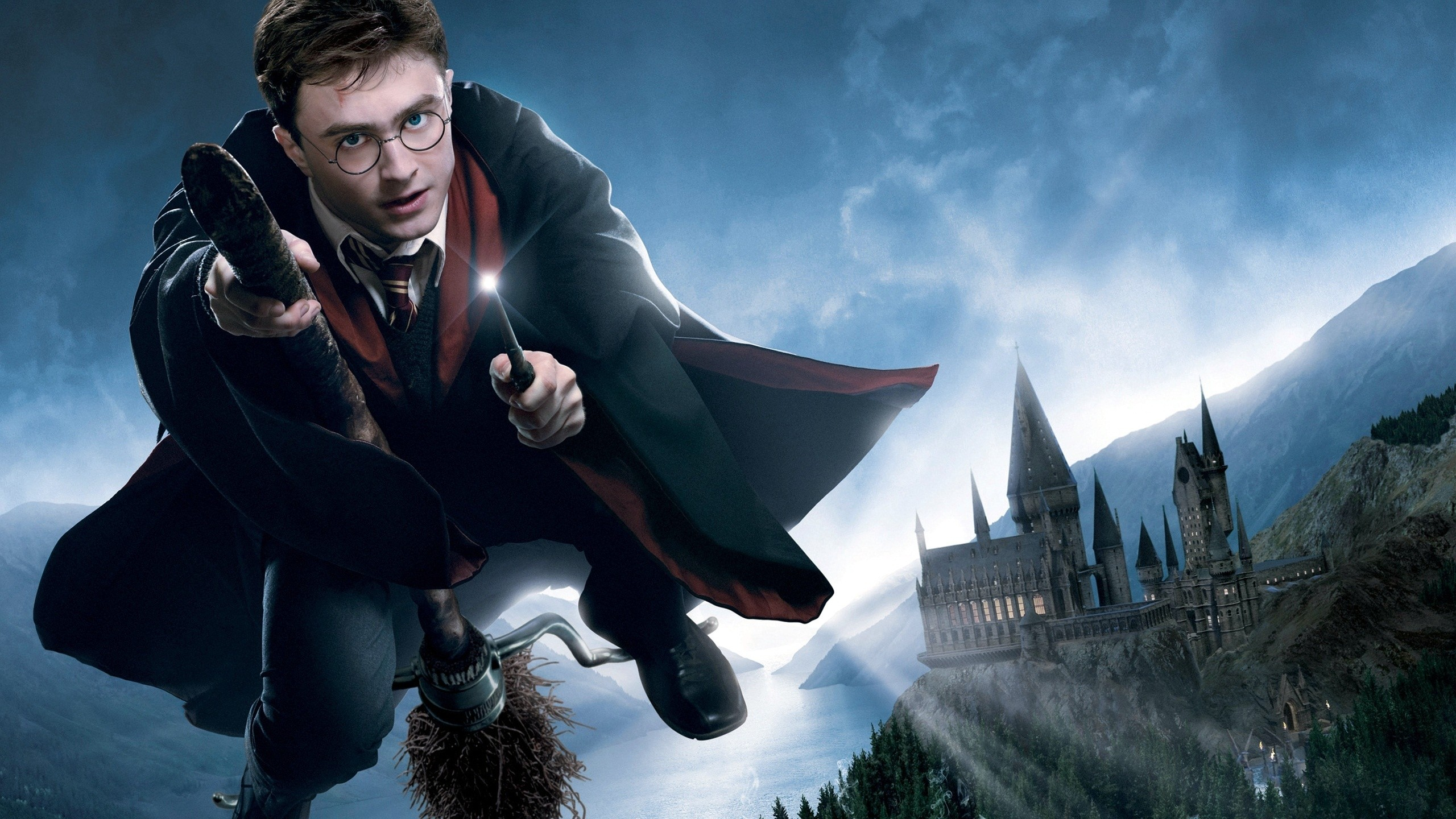 People 2560x1440 Harry Potter Hogwarts castle Daniel Radcliffe