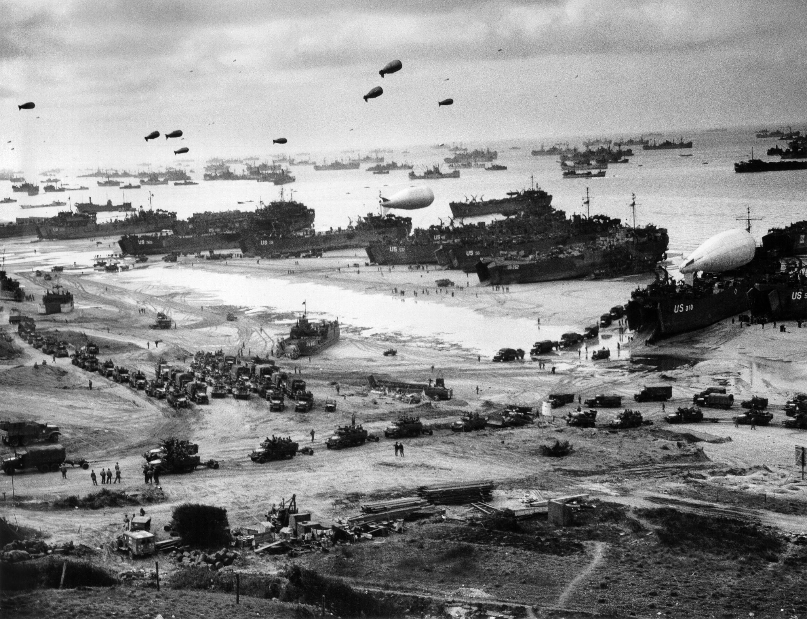 General 2804x2150 World War II military Omaha Beach D-Day