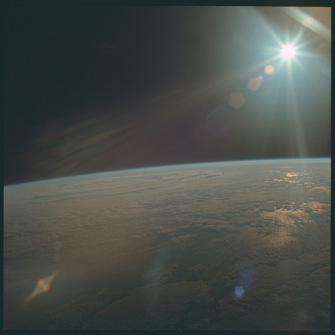General 1150x1150 Sun Earth atmosphere space