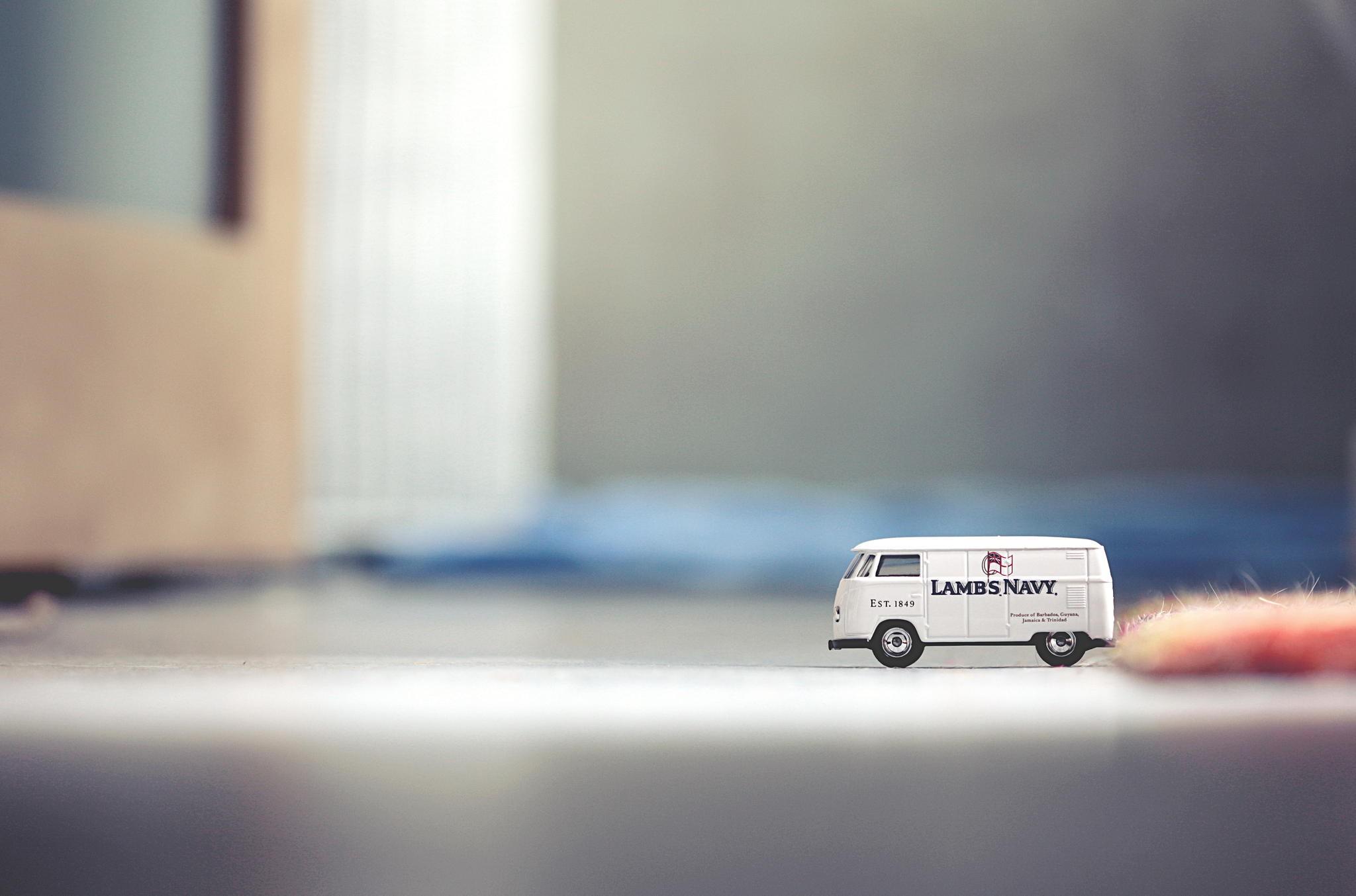 General 2048x1354 car macro toys indoors vehicle