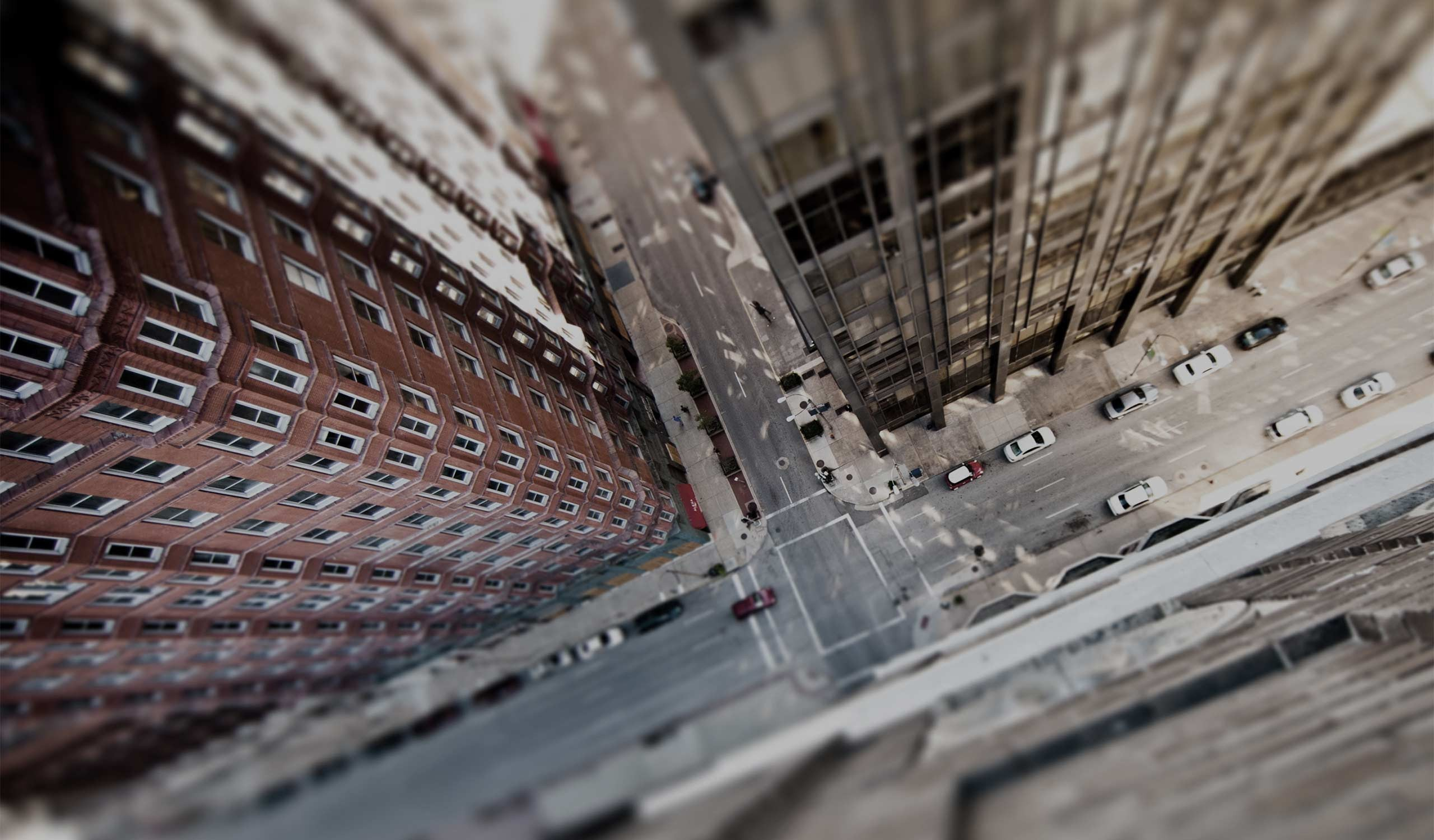 General 2560x1500 tilt shift bird's eye view road street city urban building architecture car heights aerial view New York City USA HDR cityscape