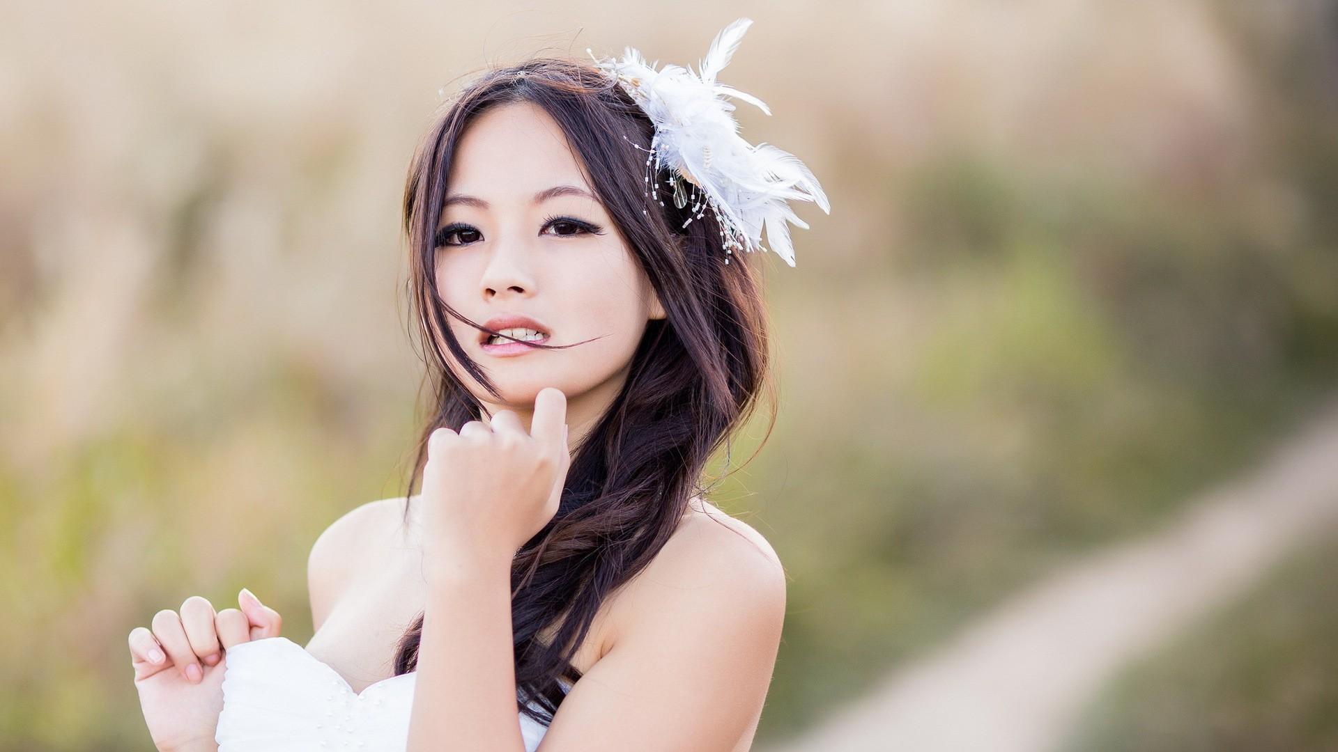 People 1920x1080 women model brunette long hair Asian women outdoors brown eyes open mouth white dress feathers depth of field Japanese women