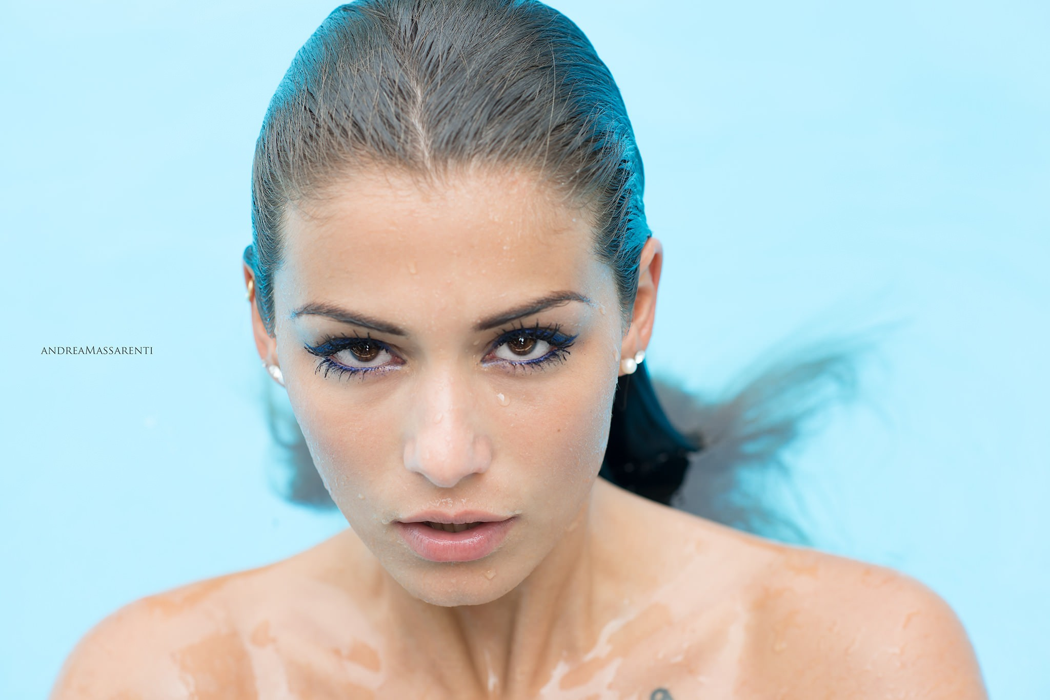 People 2048x1367 women face portrait wet hair