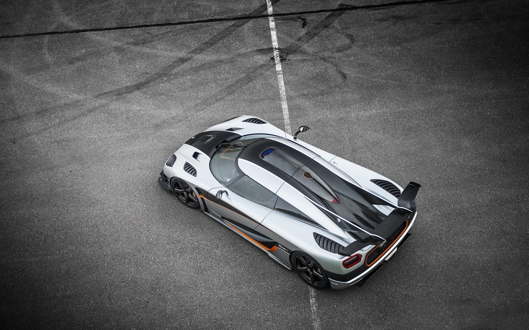General 1680x1050 Koenigsegg One:1 supercars car vehicle silver cars
