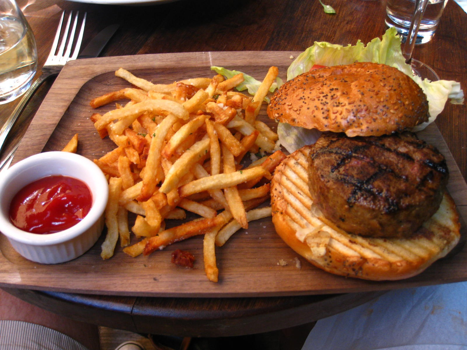 General 1600x1200 food French fries burger fast food