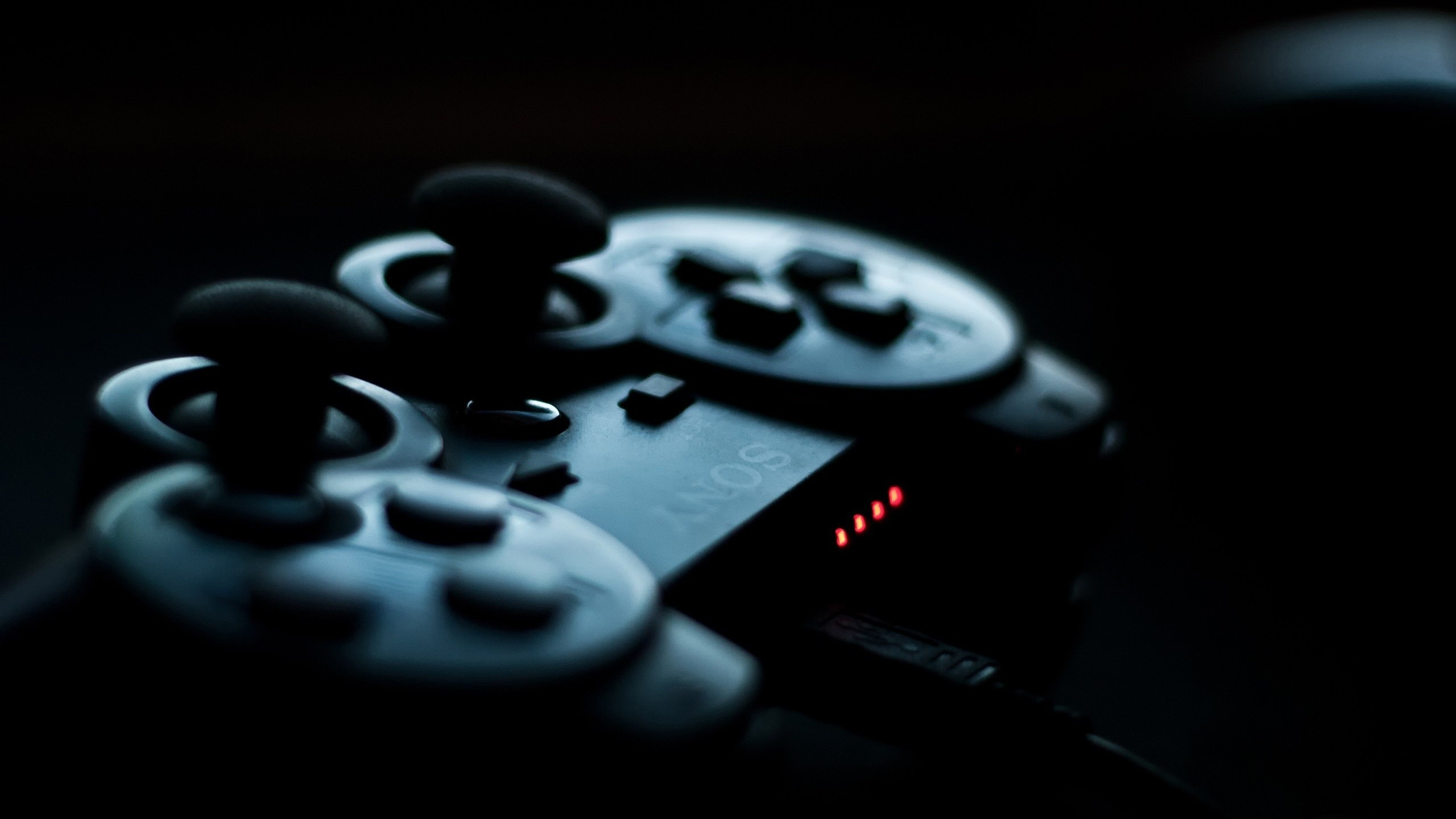 General 2560x1440 PlayStation PlayStation 3 controllers Sony black depth of field video games technology blue macro DualShock dark buttons simple background black background