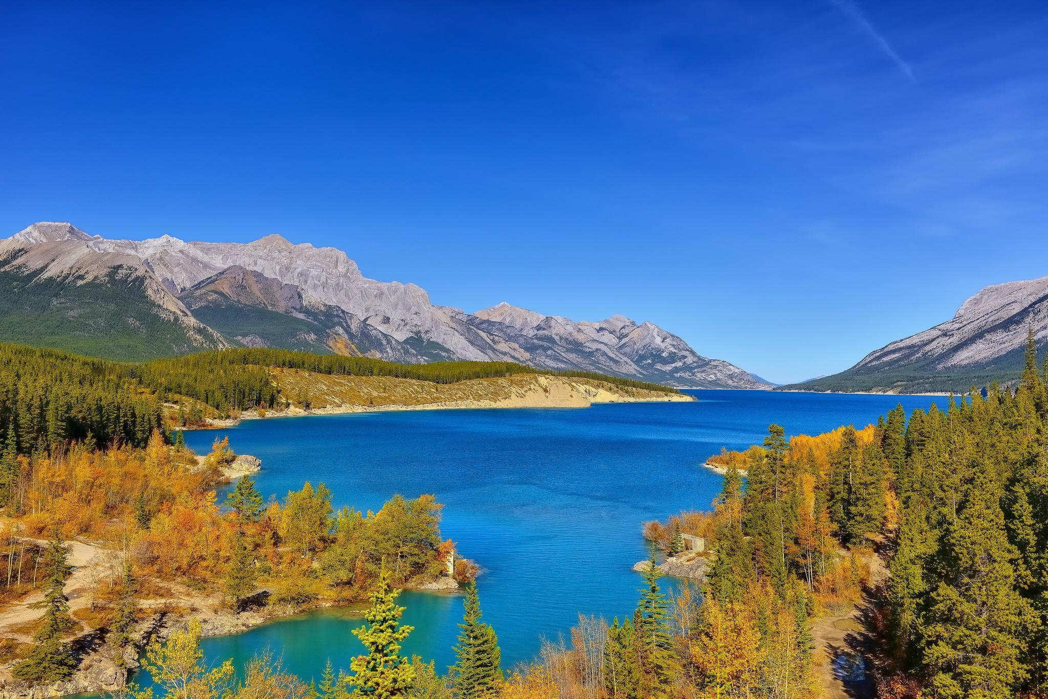 General 2048x1367 landscape lake mountains Alberta fall