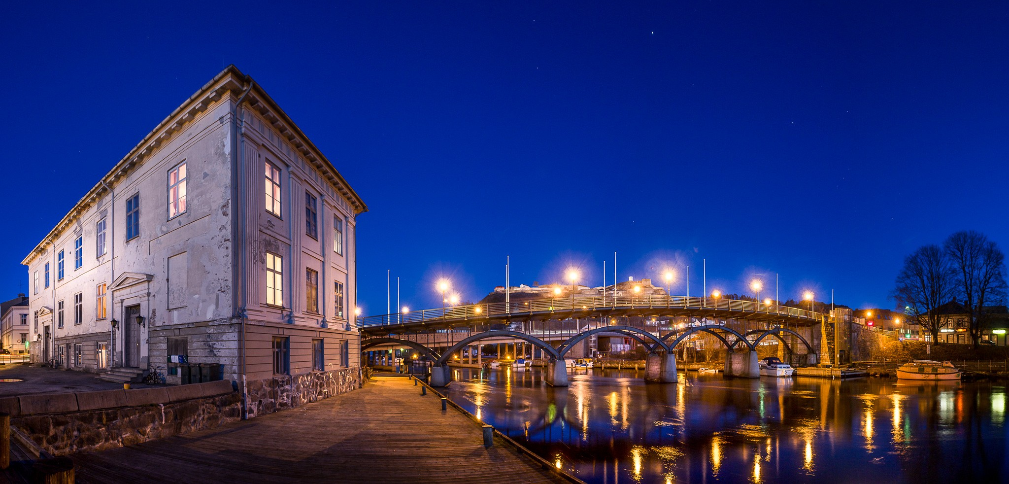General 2048x982 Norway dusk bridge street light pier town city