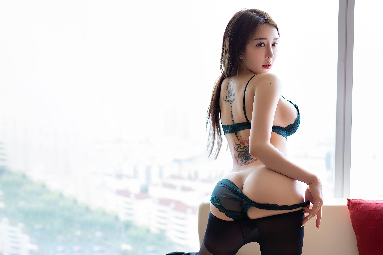 Hana Bunny, women, Asian, model, brunette, looking at