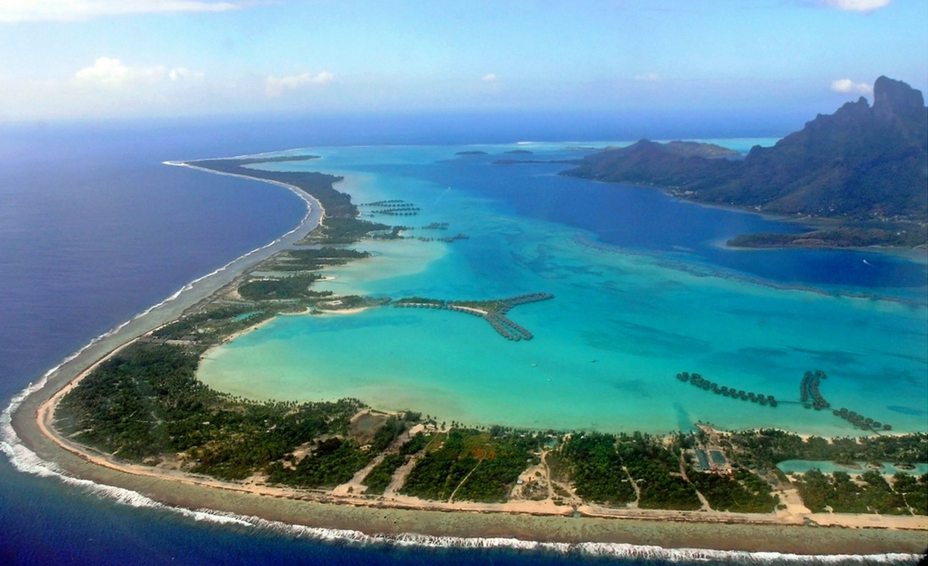 General 1300x793 nature landscape aerial view island tropical beach sea Bora Bora French Polynesia
