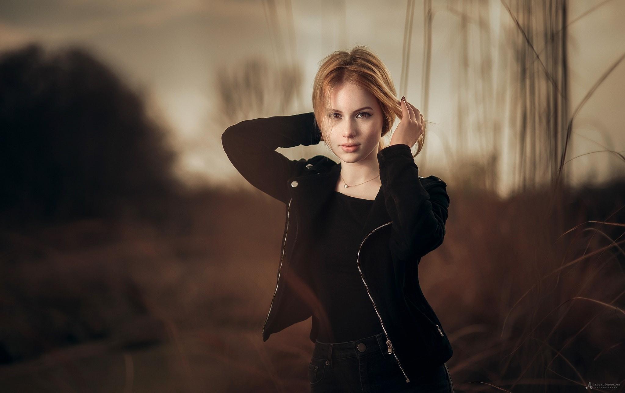 People 2048x1289 women model looking at viewer blonde depth of field jacket Agelos Tzitzifopoulos black jackets