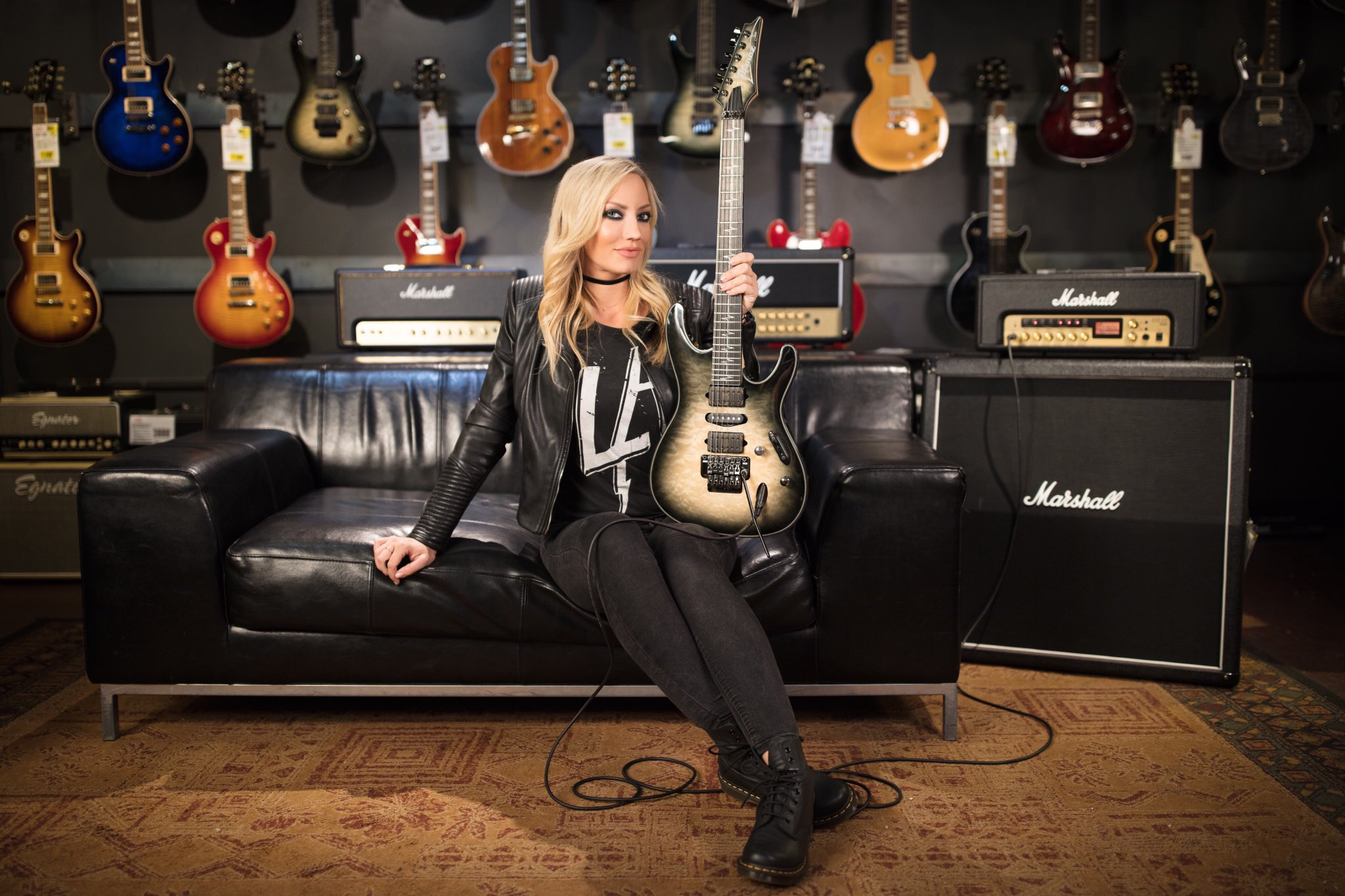 People 2048x1365 Nita Strauss guitar blonde makeup musical instrument women women indoors metalheads Marshall