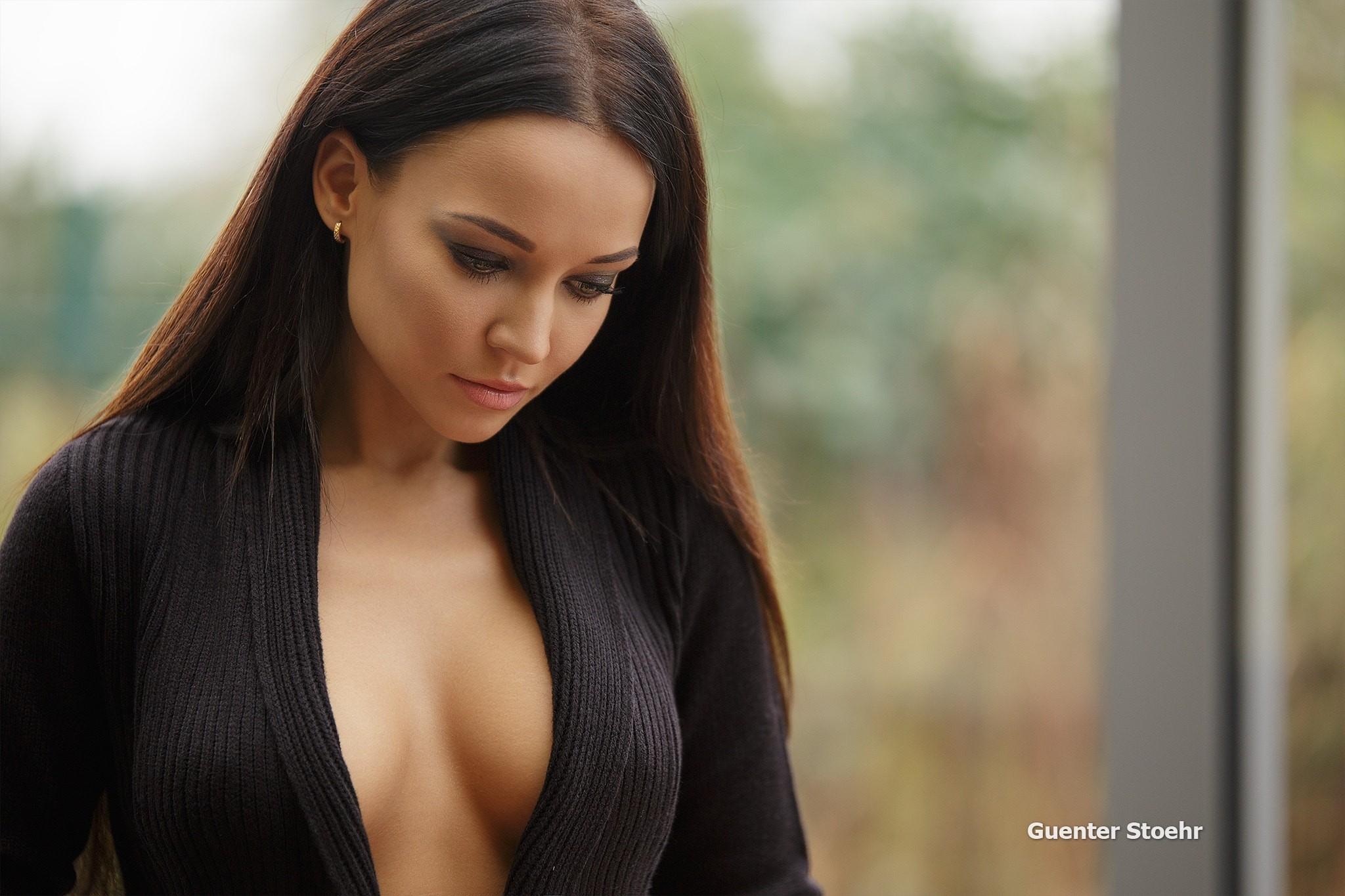 People 2048x1365 Angelina Petrova women model Guenter Stoehr portrait depth of field brunette black clothing long hair