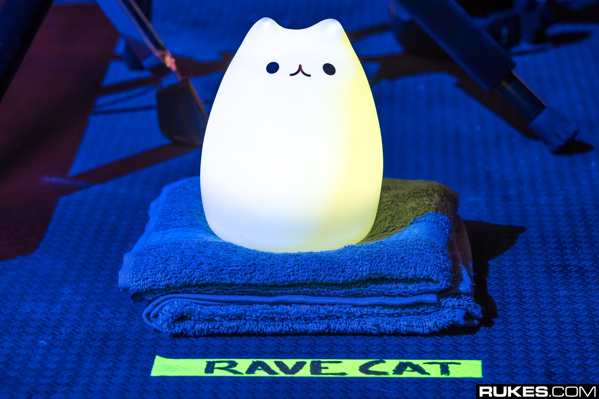 General 2048x1365 photography Rukes rave cats Toy