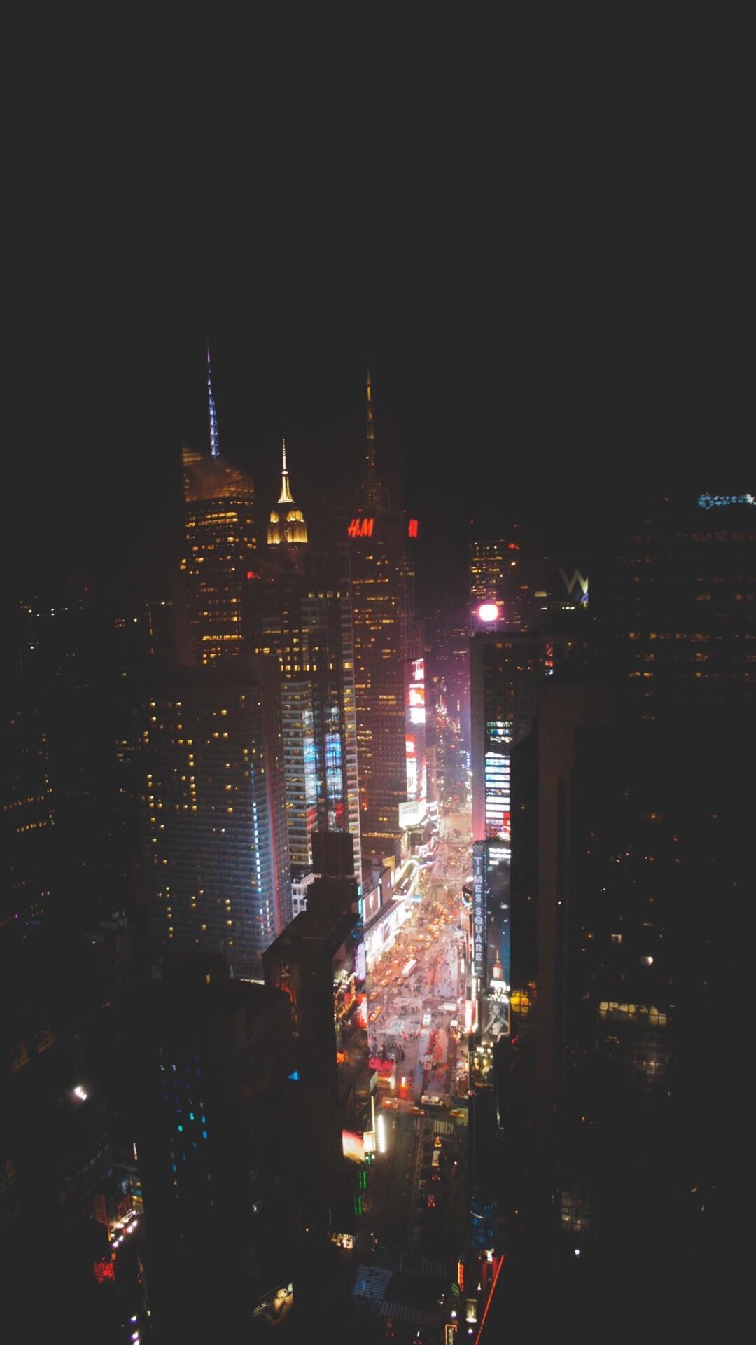 General 1080x1920 New York City building street light