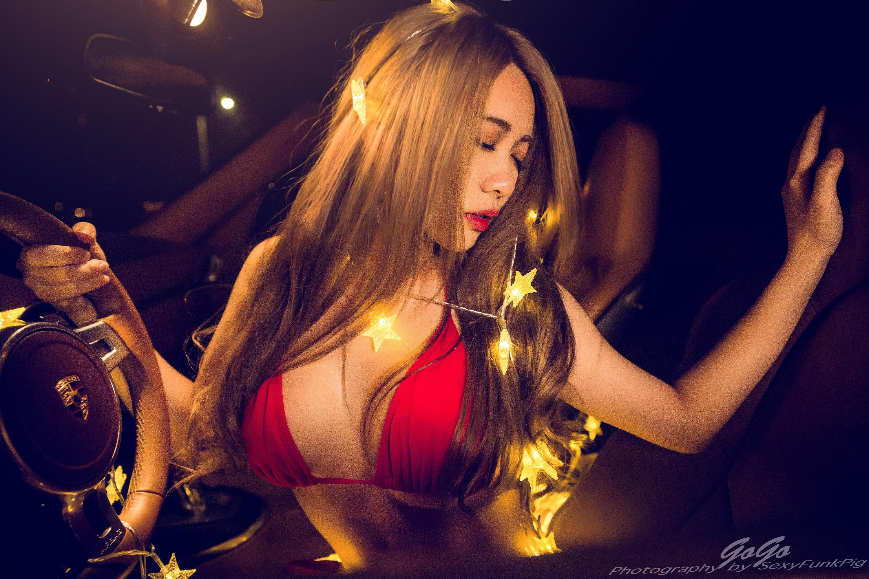 People 3000x2000 women women with cars Porsche lights bikini Asian model
