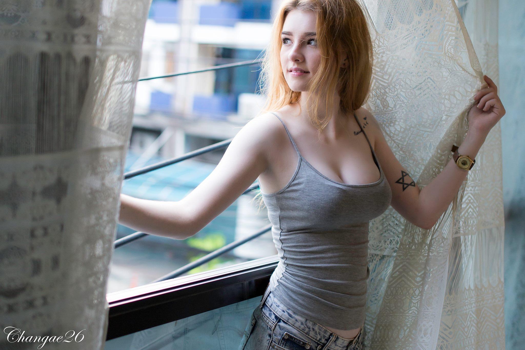 Angela White, big boobs, brunette, blue eyes, curvy, women