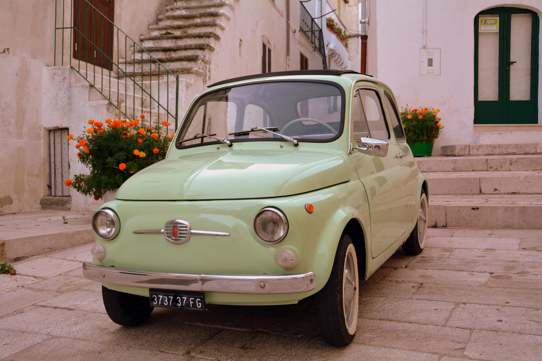 General 6000x4000 vintage car fiat 500 Puglia Italy