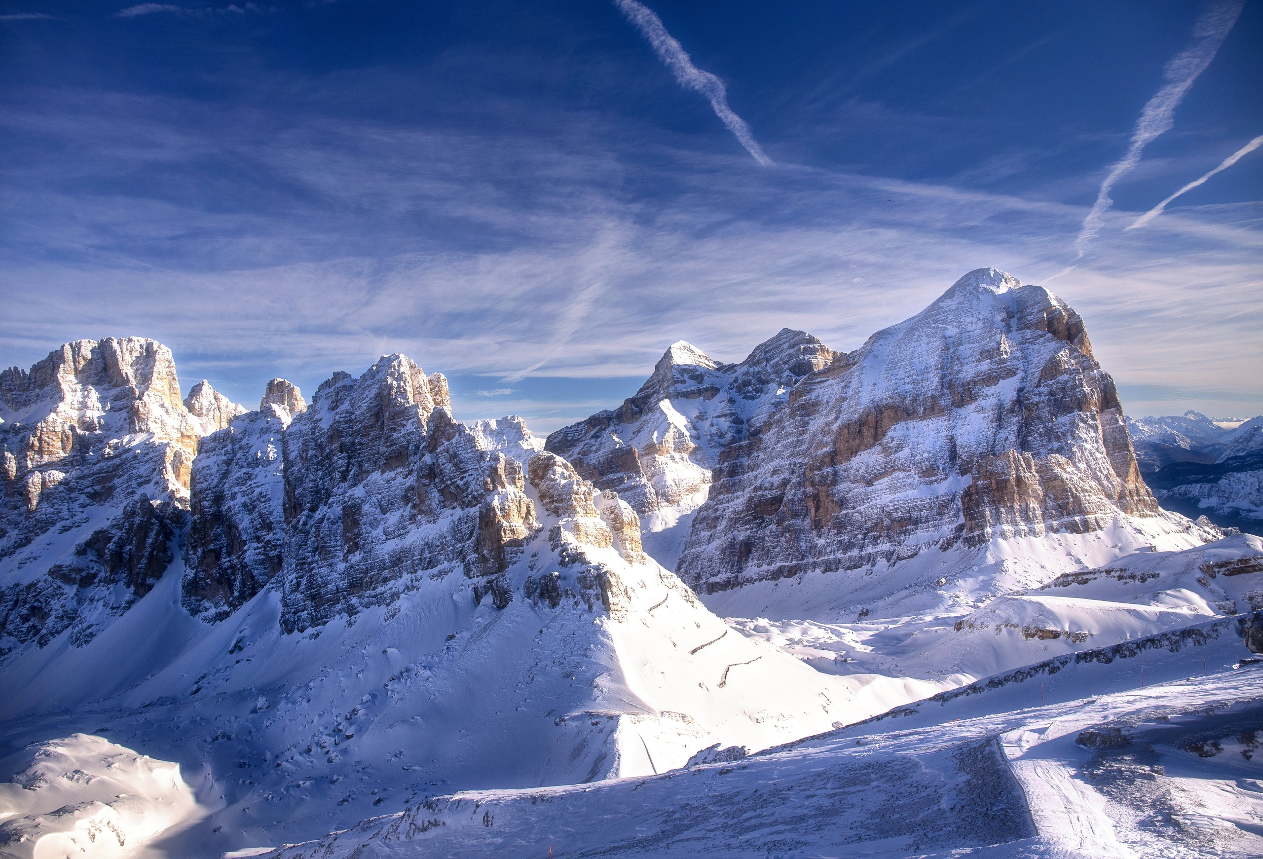 General 2560x1741 Italy mountains snow cold dolomite alps Dolomites (mountains) chemtrails