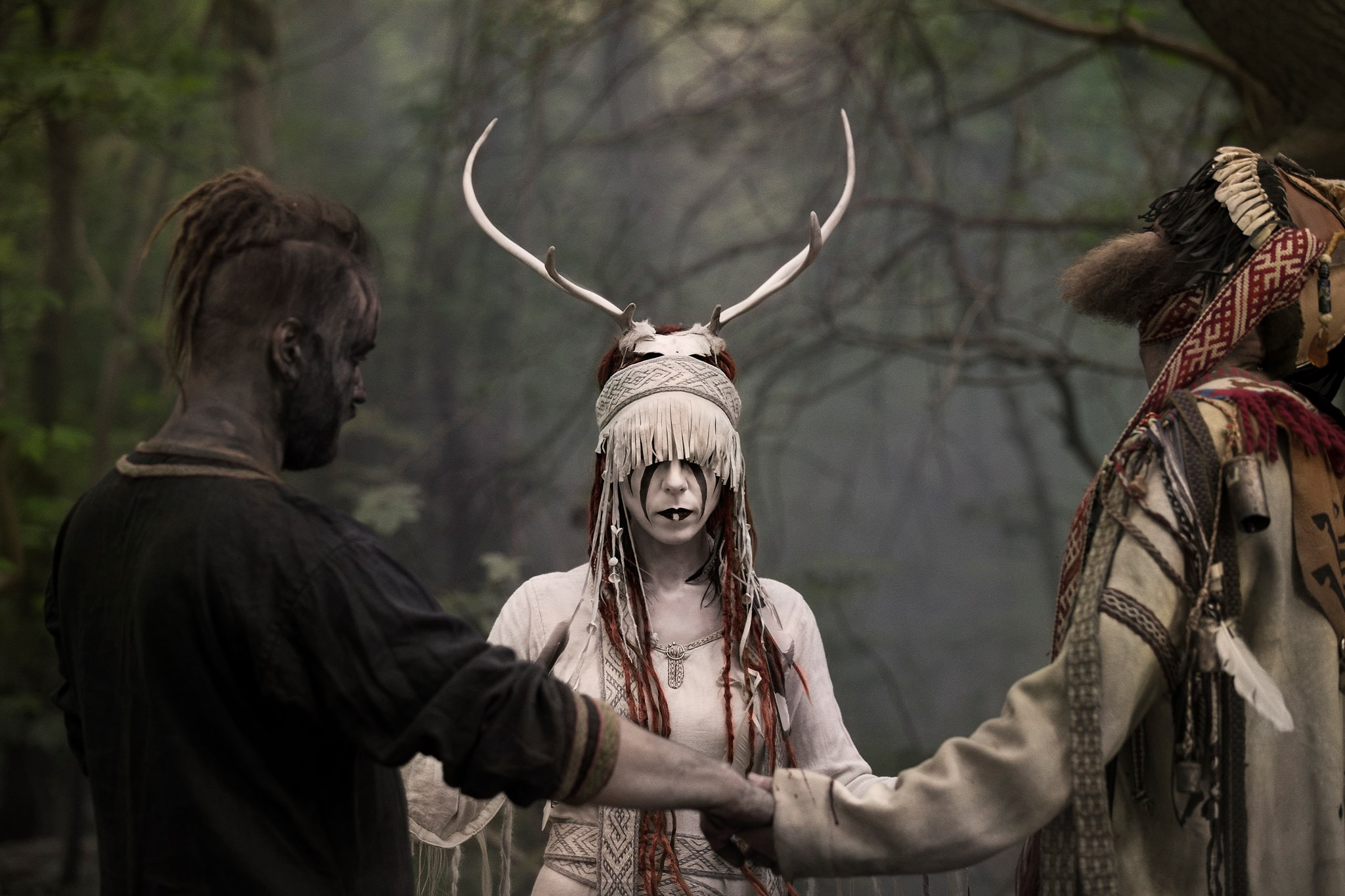 People 2048x1365 Heilung Heilung Band norse folk metal folk music headdress Maria Franz Kai Uwe Faust Christopher Juul forest
