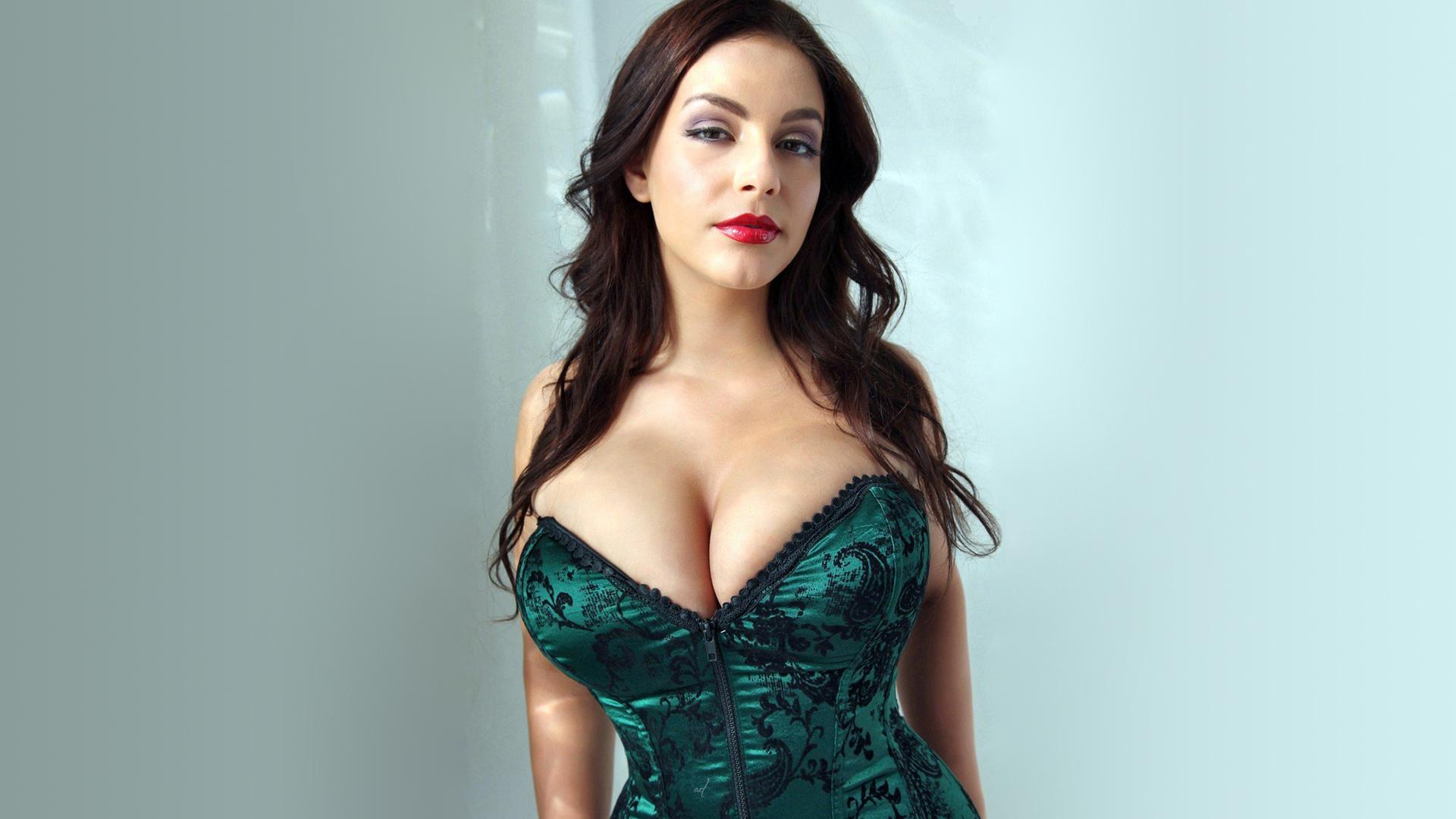 People 1920x1080 Desiree Elyda brunette model cleavage corset big boobs green background