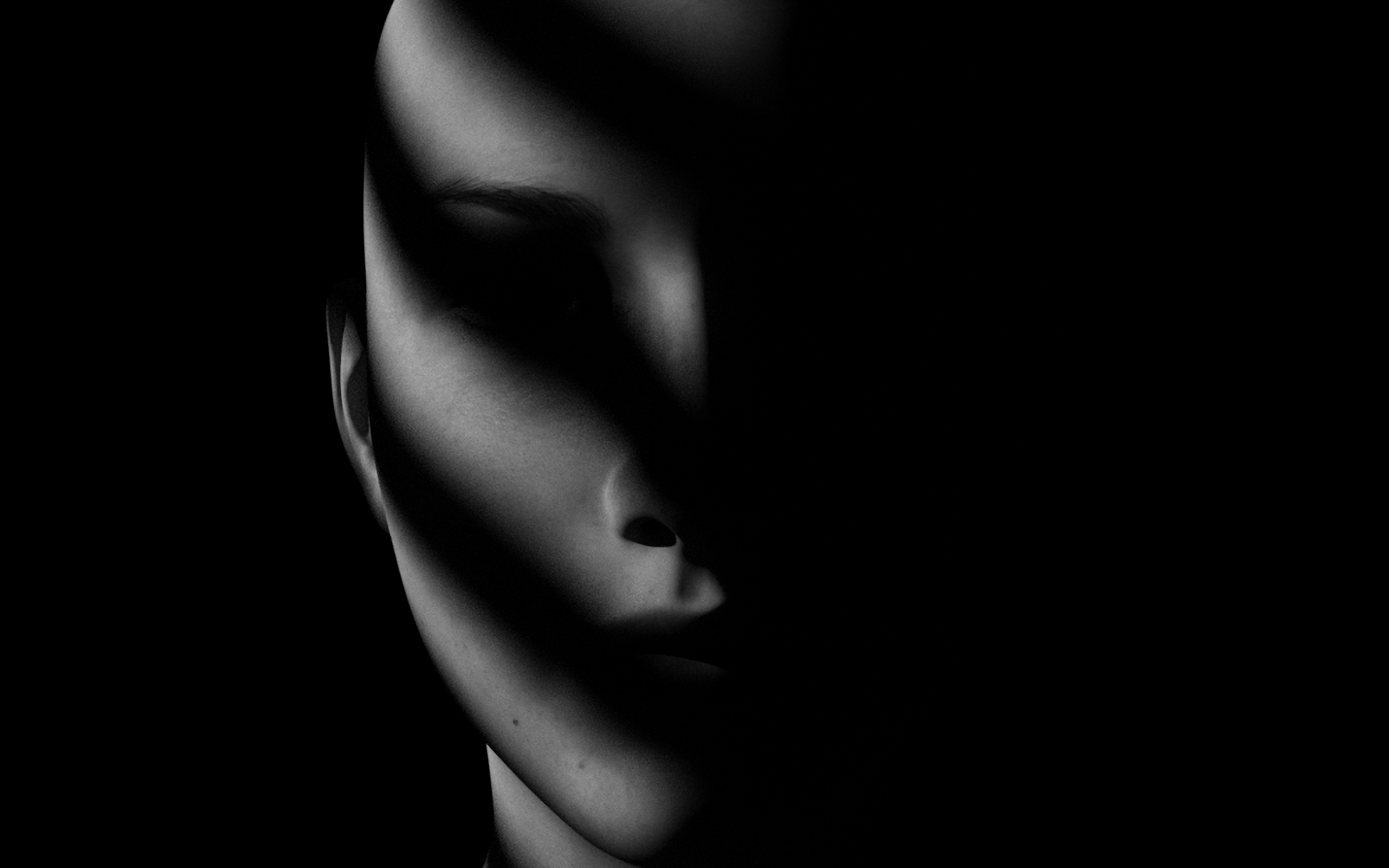 General 2560x1600 face dark shadow women creepy