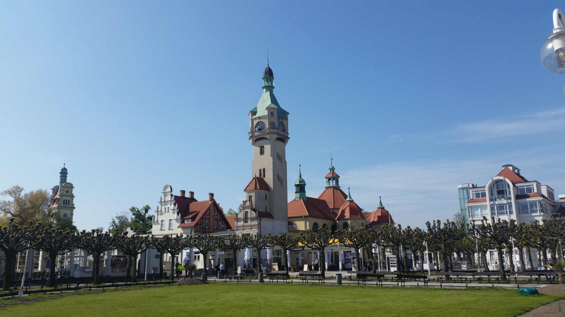General 1920x1080 city Poland Sopot tower park resort