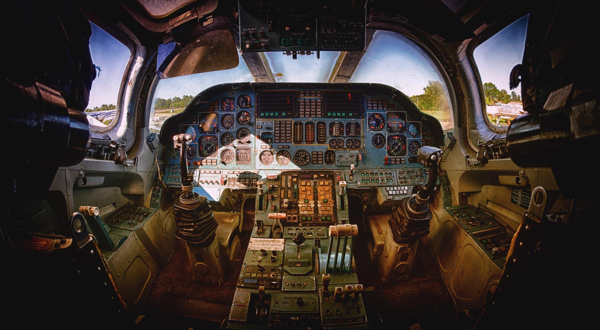 General 2000x1100 cockpit aircraft vehicle Tupolev Tu-22M3 Russian Air Force