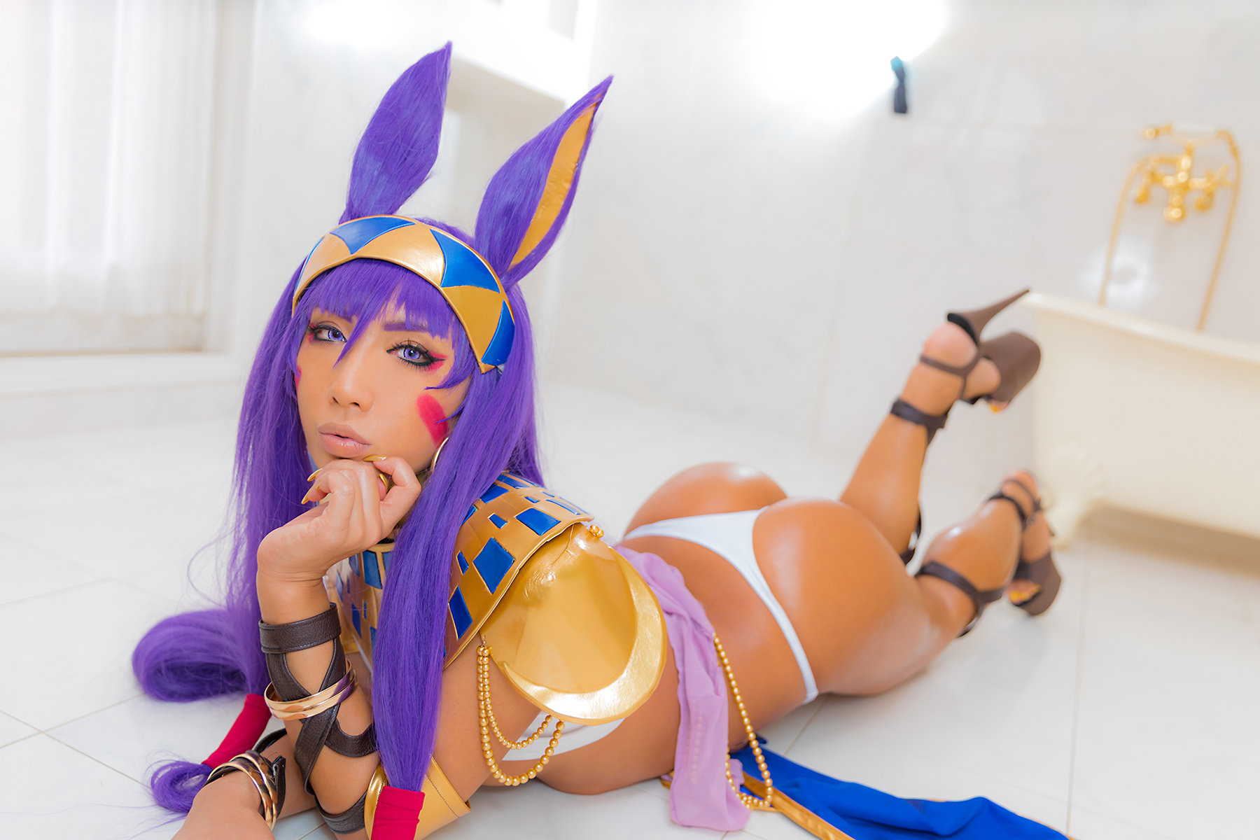 People 1800x1200 Japanese women Japanese women Asian gravure Non nonsummerjack women indoors cosplay Fate Series Fate/Grand Order ass purple hair makeup thong