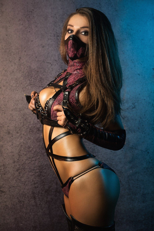 People 1000x1500 Tanya Korobova cosplay Mortal Kombat lace top arched back women Mileena (Mortal Kombat)