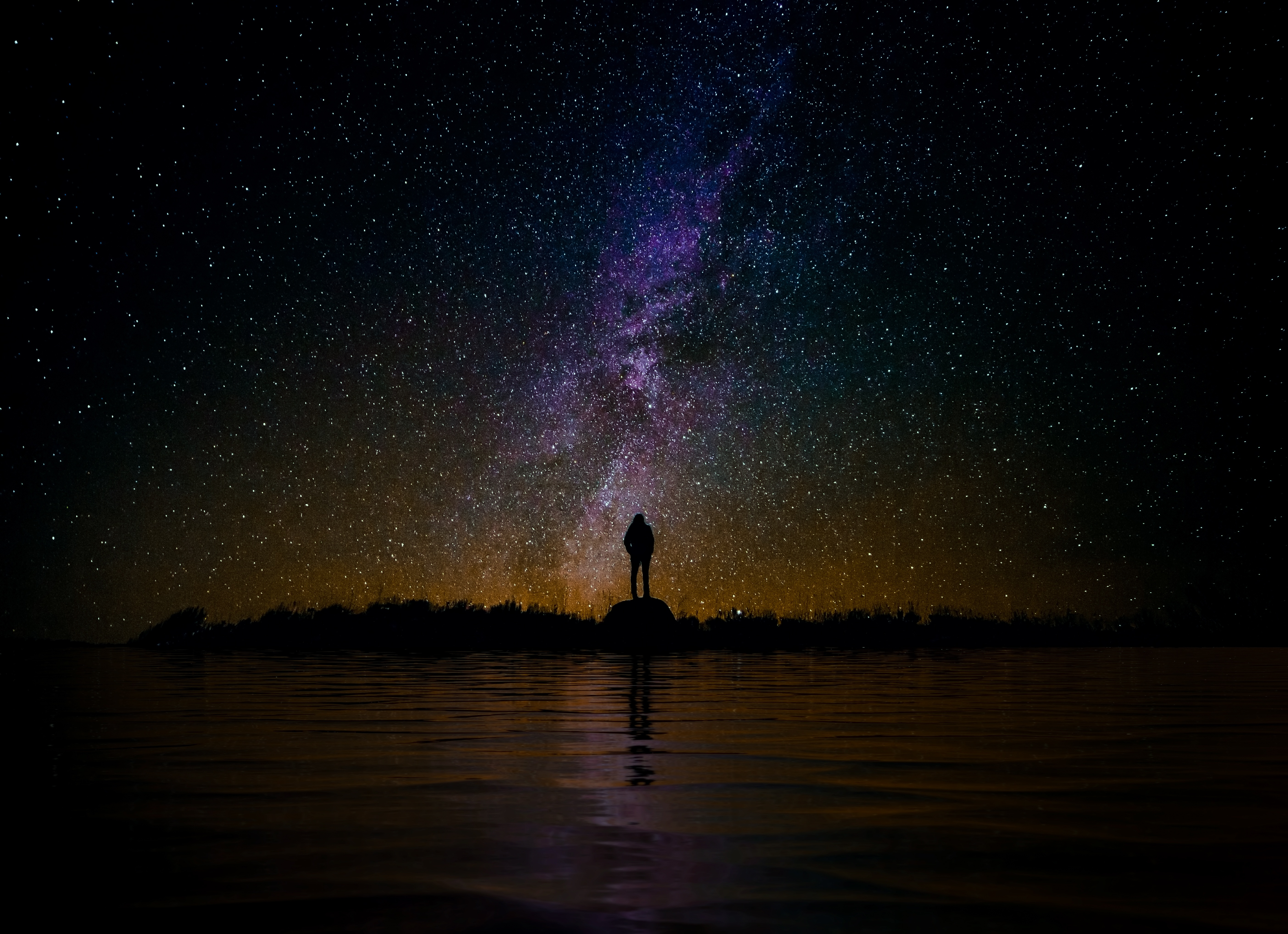 People 5615x4070 night sky skyscape landscape silhouette stars starry night water sea reflection dark Milky Way space universe galaxy alone loneliness