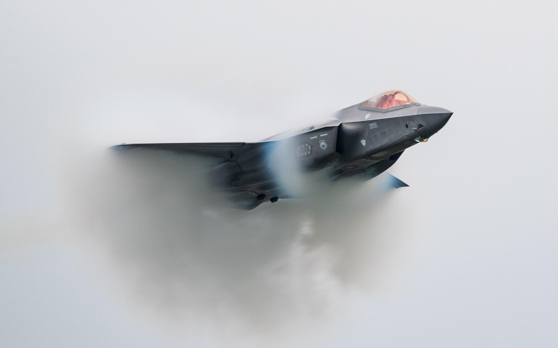 General 1920x1200 Lockheed Martin F-35 Lightning II aircraft vehicle military military aircraft low-angle