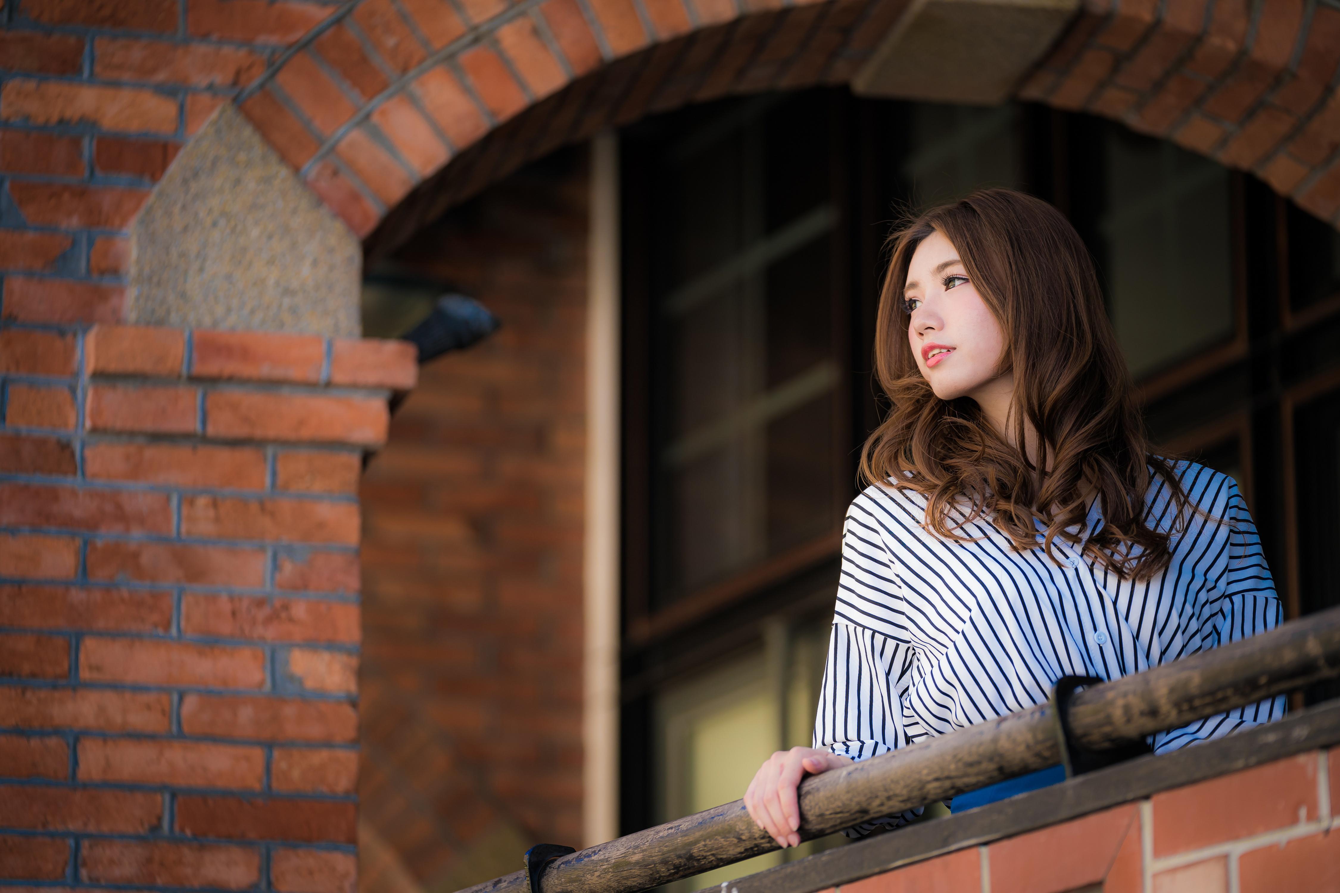 People 4500x3001 Asian women model long hair brunette bricks